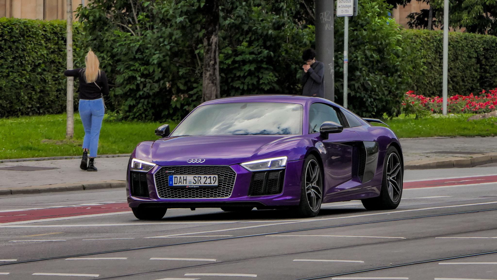Audi R8 V10 - DAH-SR-219