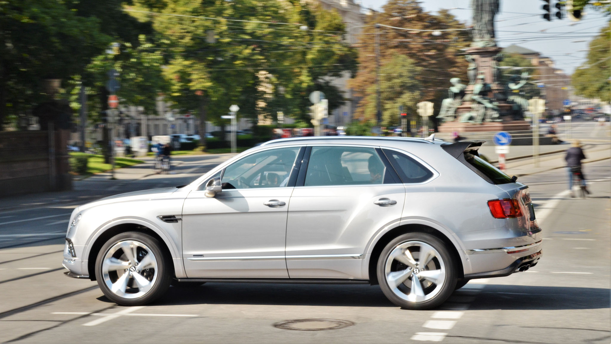 Bentley Bentayga - M-BT-9099