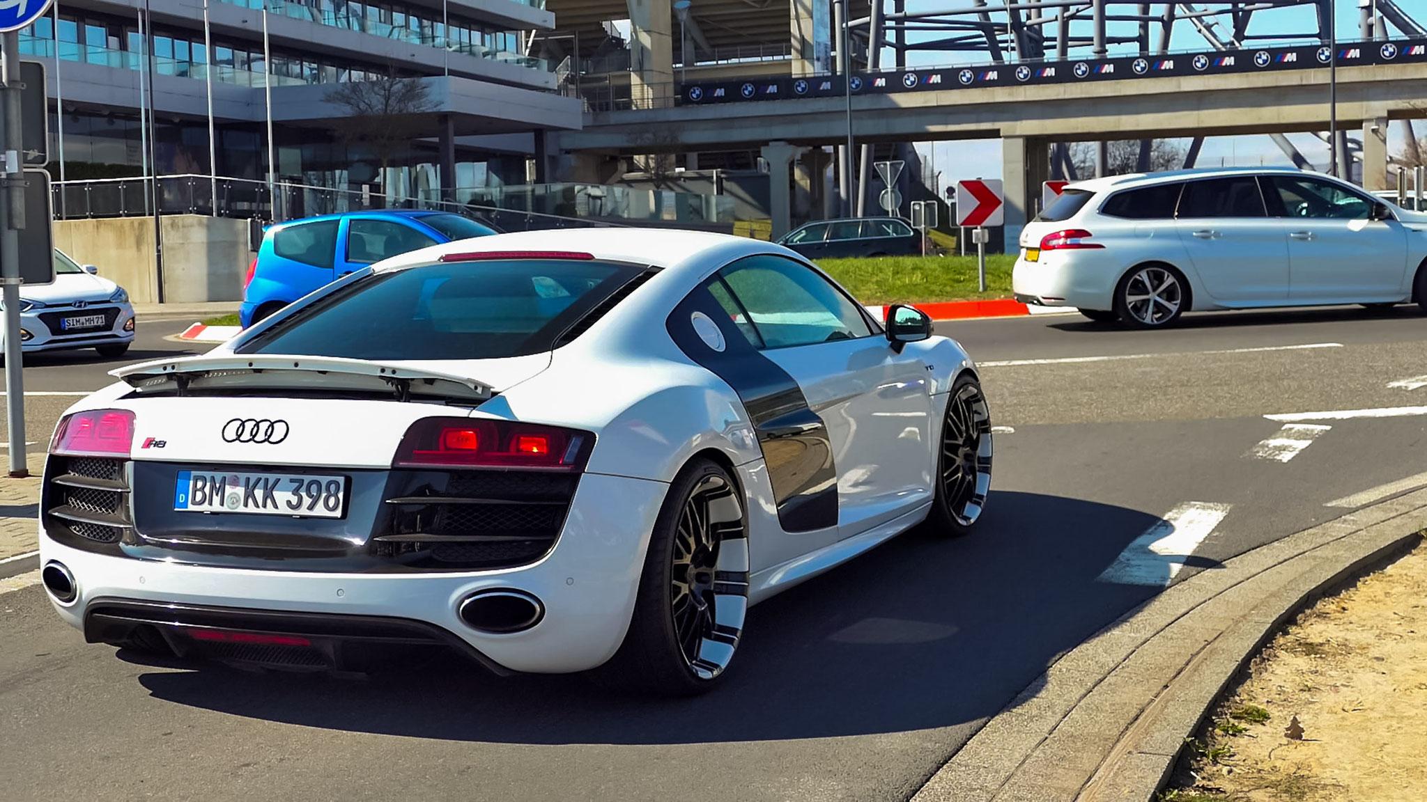 Audi R8 V10 - BM-KK-398