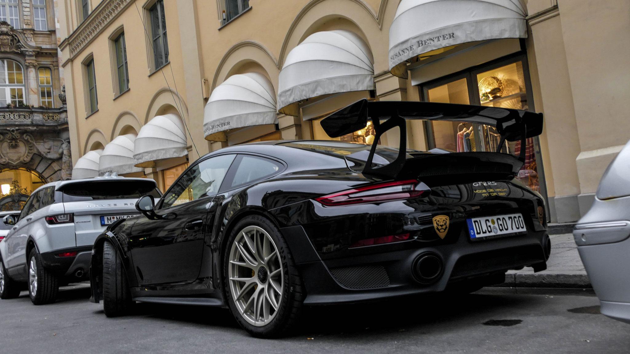 Porsche GT2 RS - DLG-GO-700