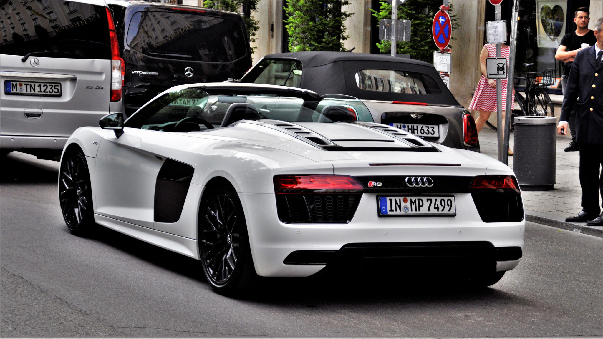 Audi R8 V10 Spyder - IN-MP-7499