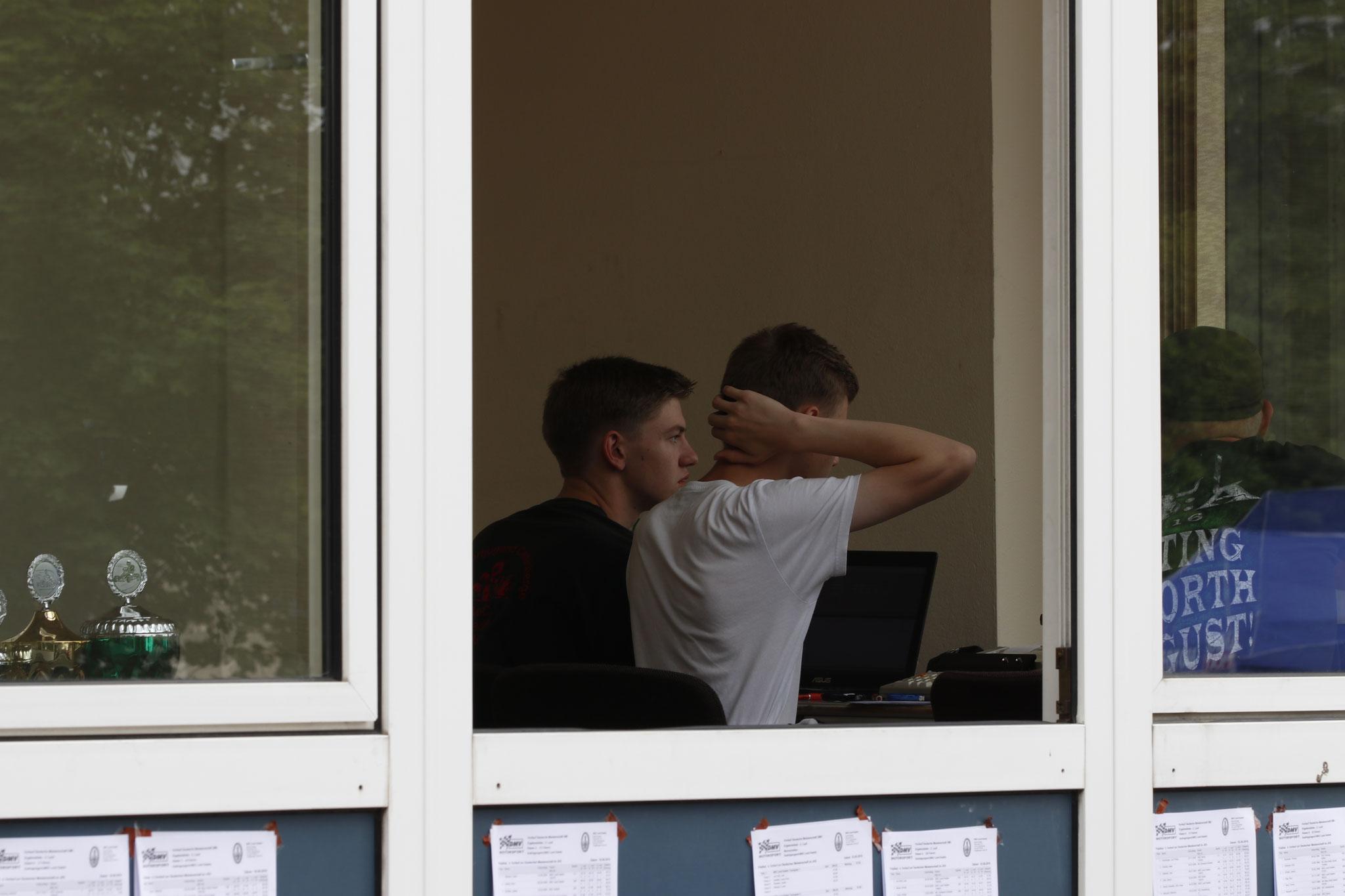 Nico Föge und Michel Boje im Sprecherbüro