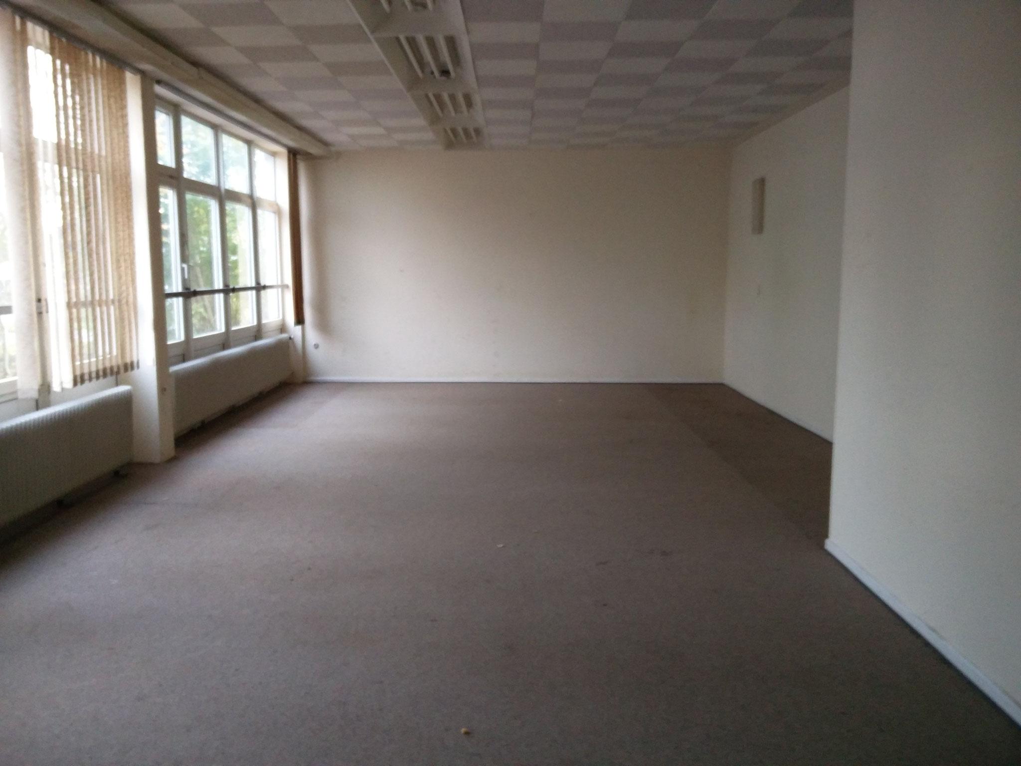 Da wir unseren Platz verlassen müssen, hier der leere Kartraum...