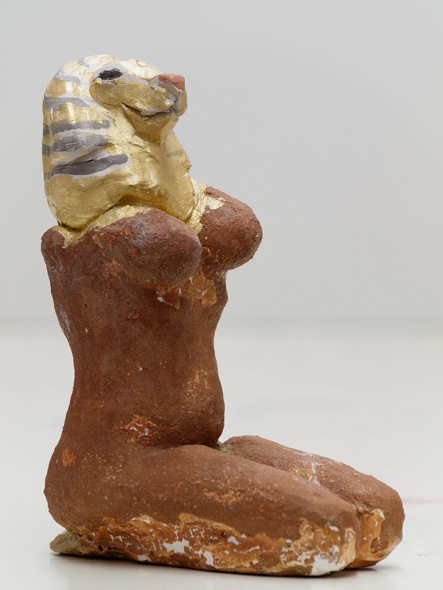 Serie Animagae, Katzenfrau, Tonplastik ca. 18 cm, 2014