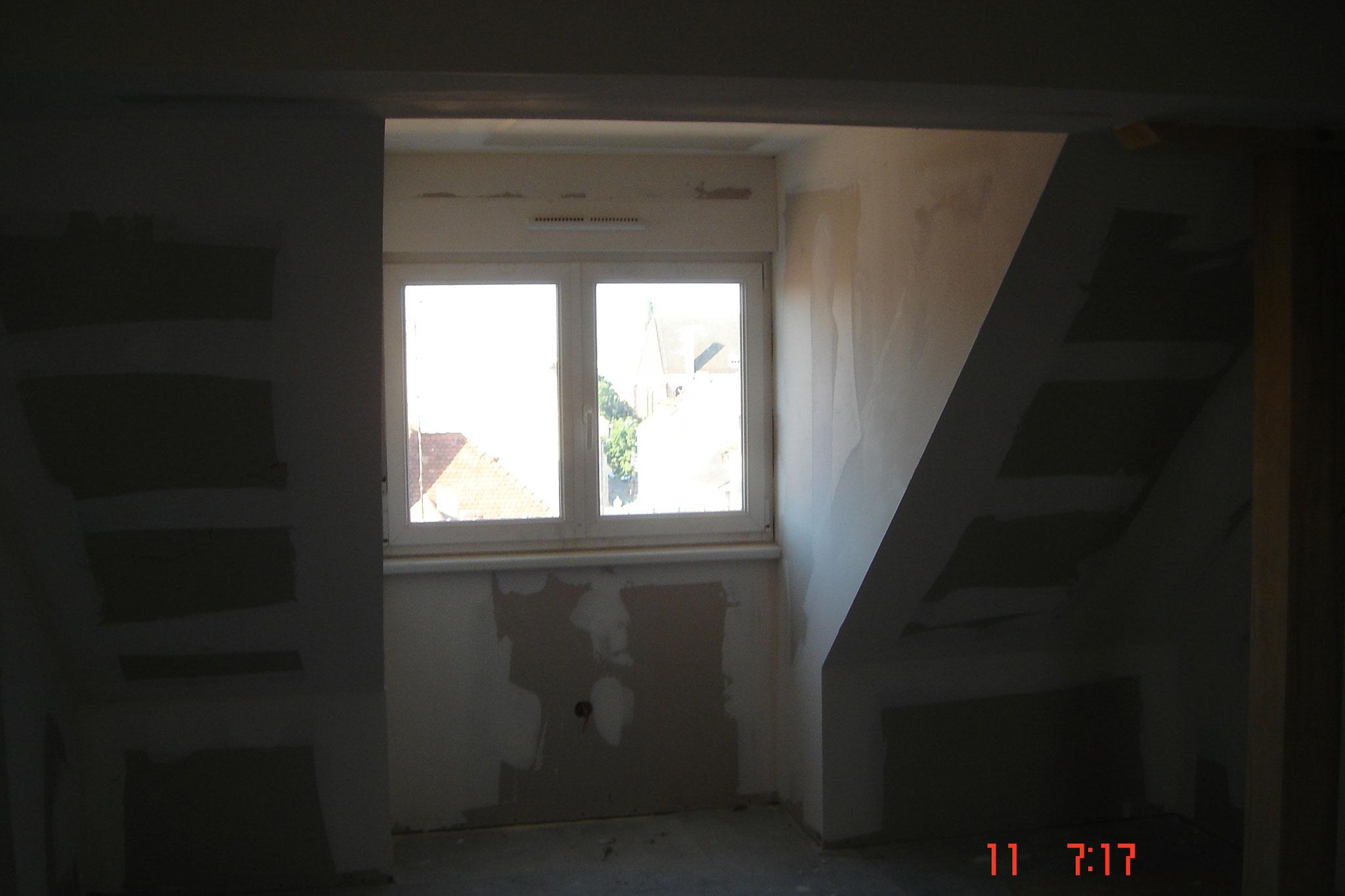 Une finition de joues de fenêtre avec plaque de plâtre Strasbourg 67 Activ Renovation