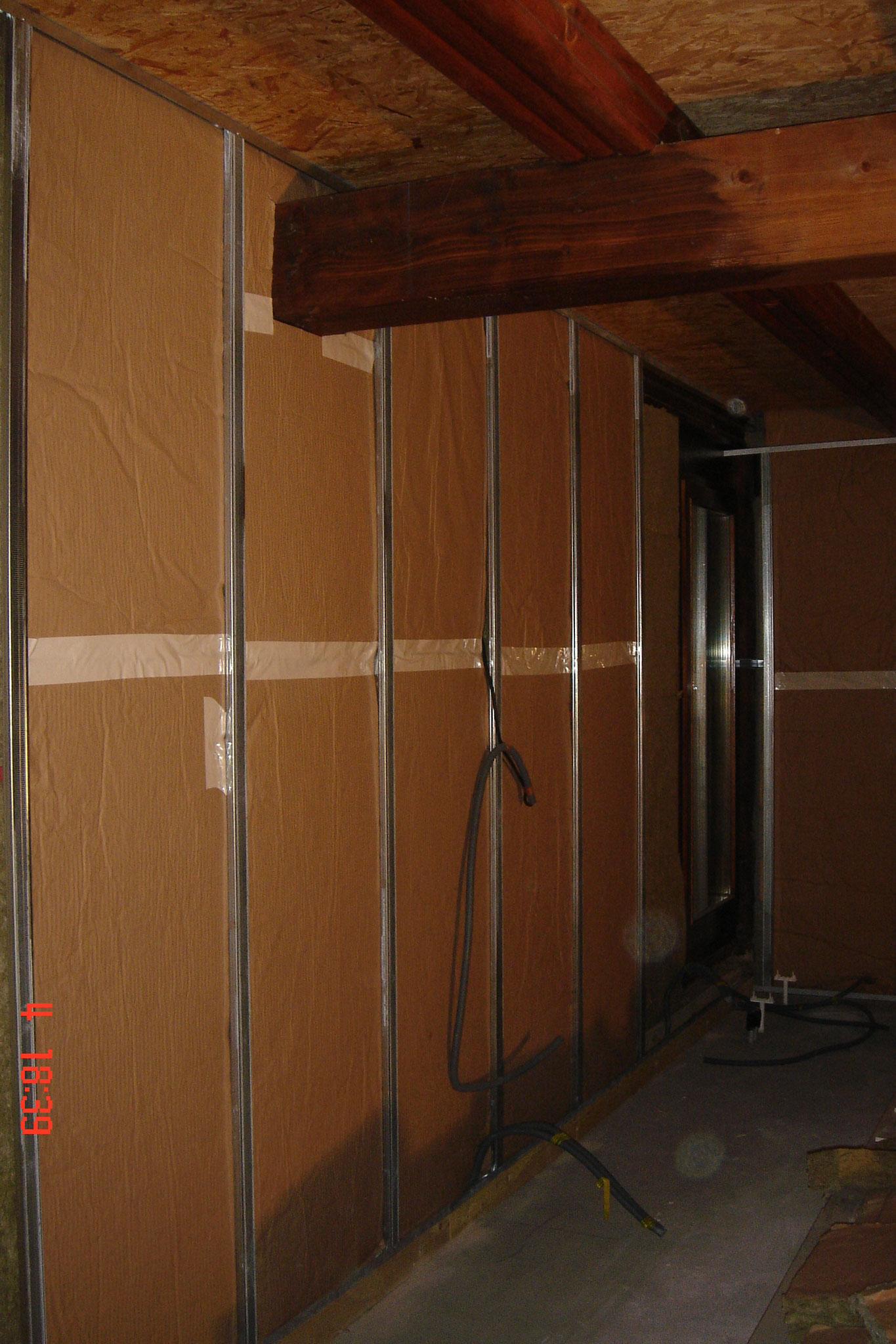 Une isolation sous ossature métallique Le système Optima Isover vous permet d'améliorer le confort thermique et acoustique lors de la rénovation des pièces d'une maison Strasbourg 67 Activ Renovation