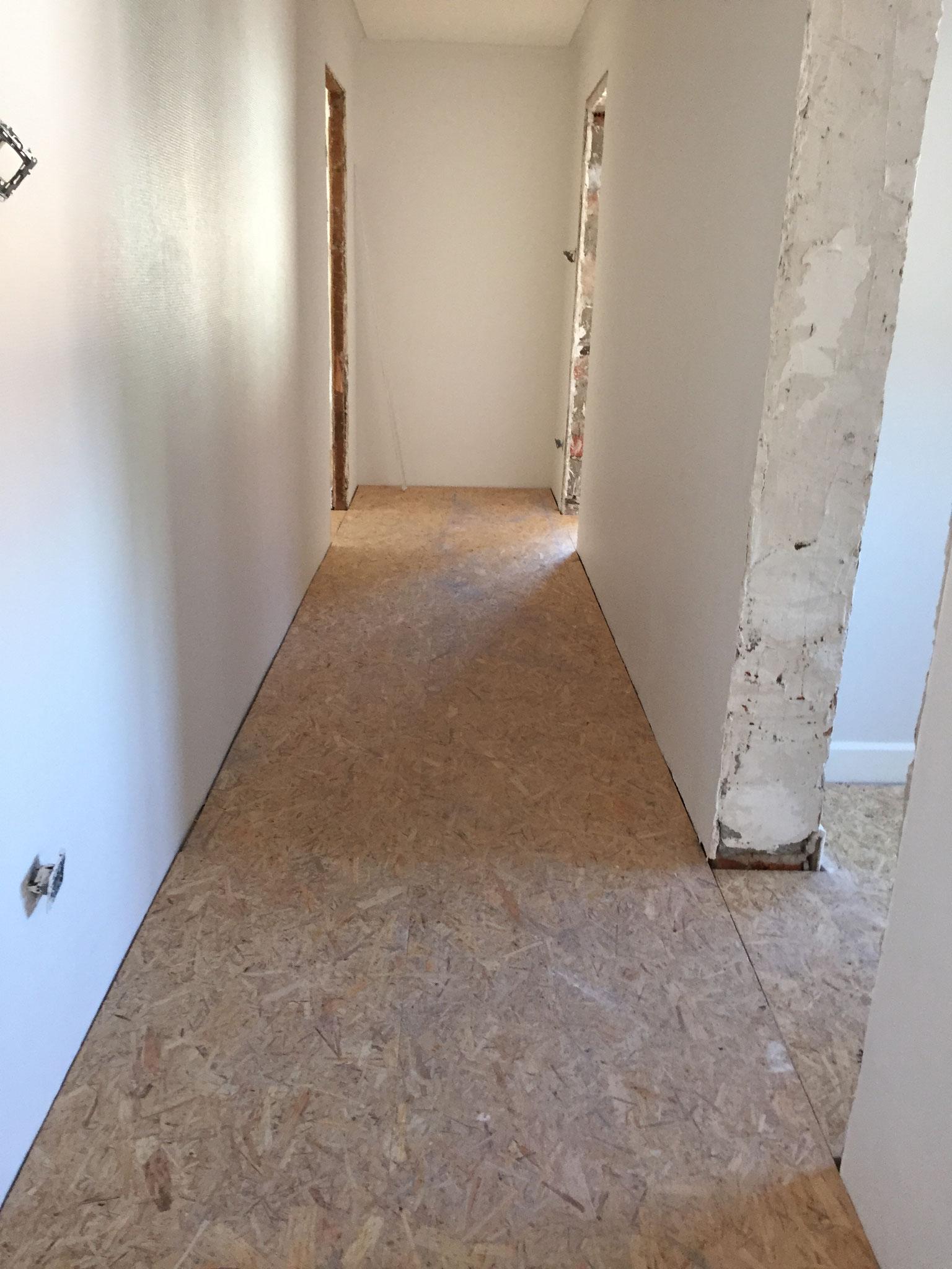 Pose plancher en bois osb 22 mm Activ Renovation Strasbourg 67
