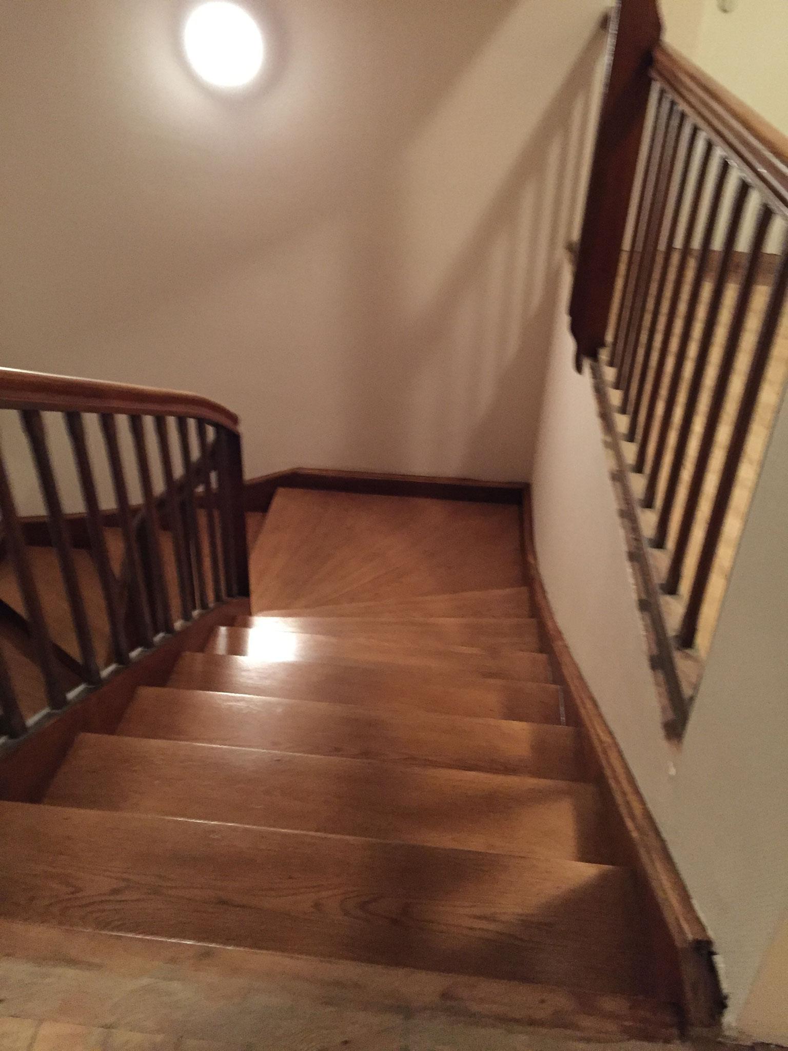 Remise en état, ponçage et vitrification d'escaliers Lauterbourg 67