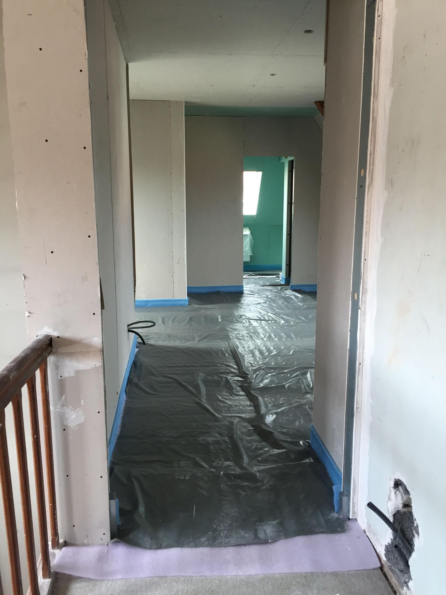 Monter cloison prégymétal avant peinture et carrelage Activ Renovation Lauterbourg 67