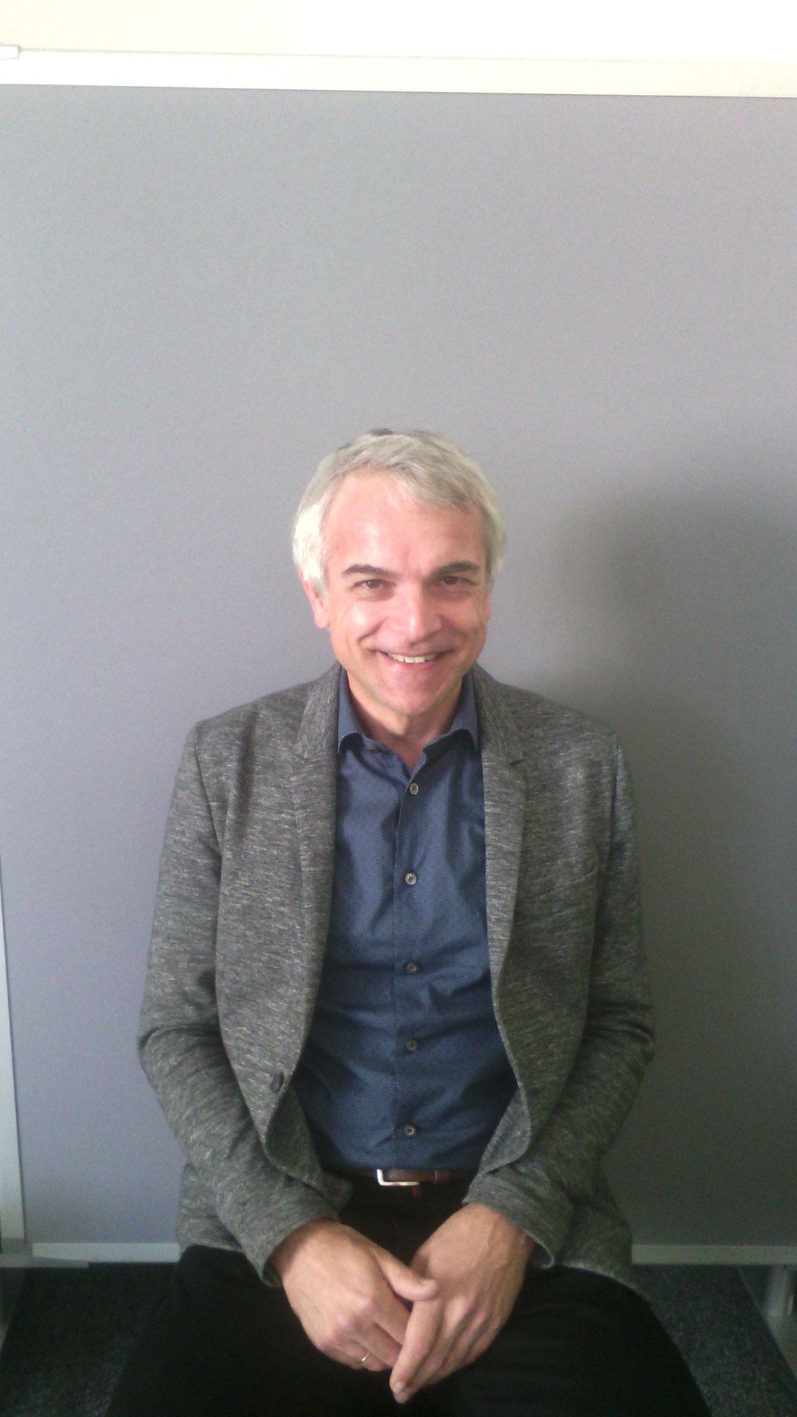 Burkard Hagspiel, technischer Werkleiter des Klärwerks in Nürnberg, klärte uns über Medikamente im Abwasser auf.