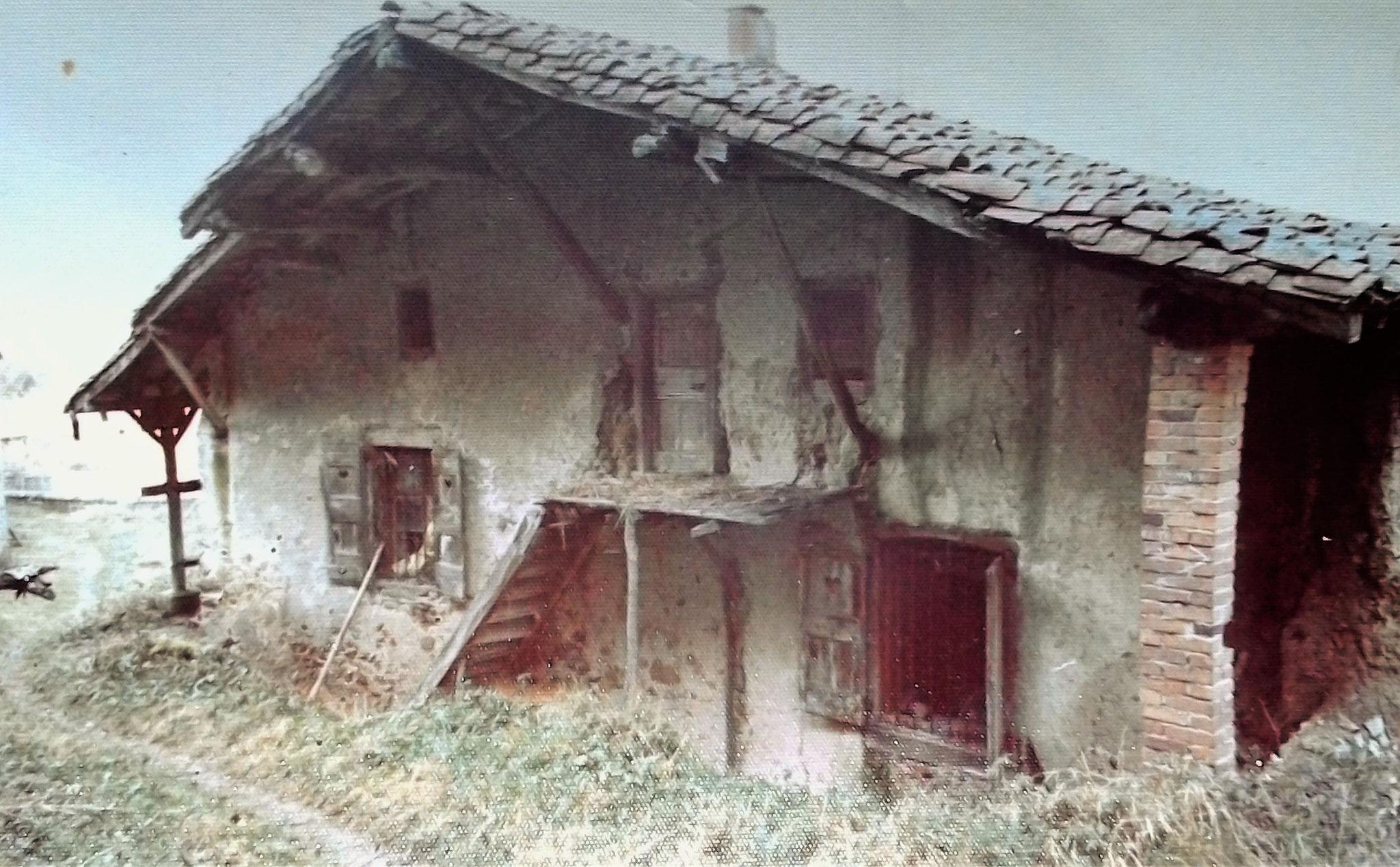 Moulin existant au XIVe s. La Rivière. Aujourd'hui disparu