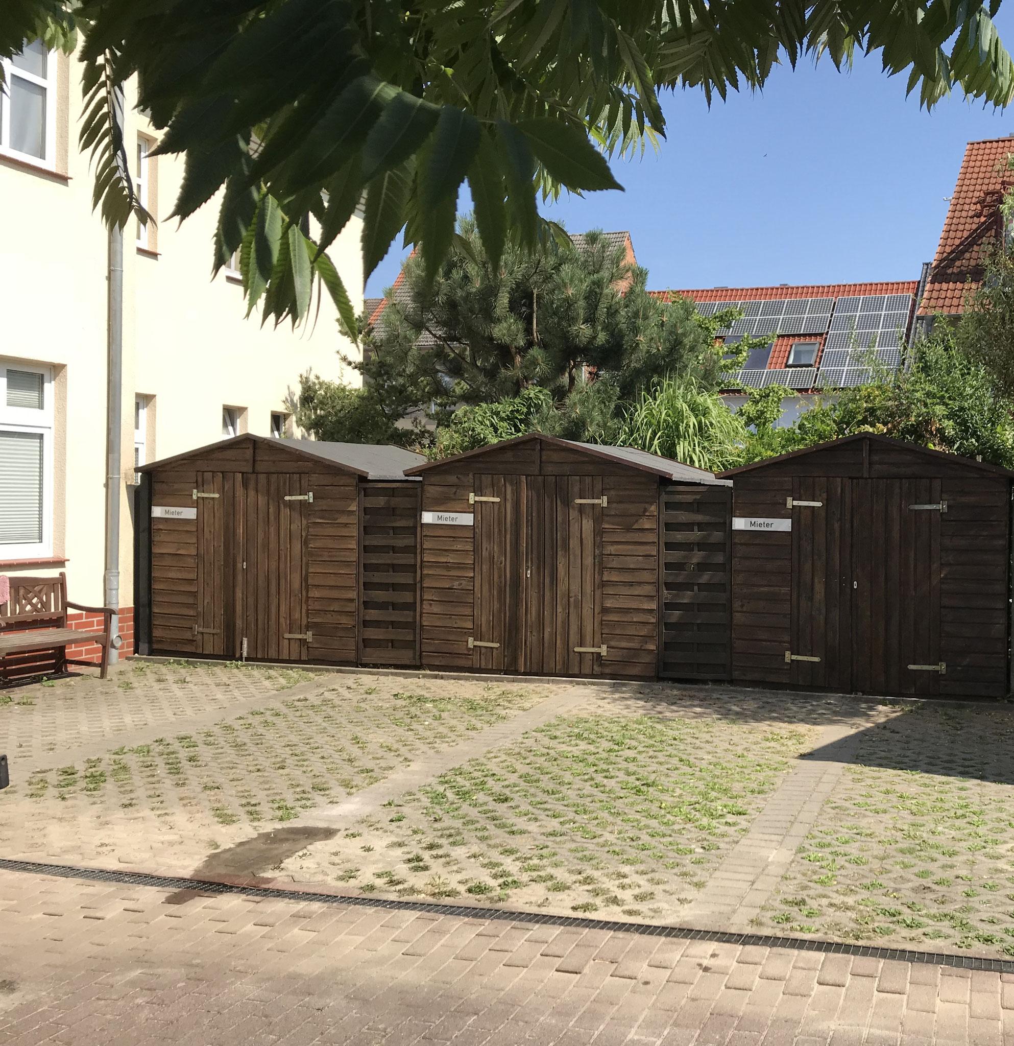 nachher (Dacherneuerung und Neuanstrich )