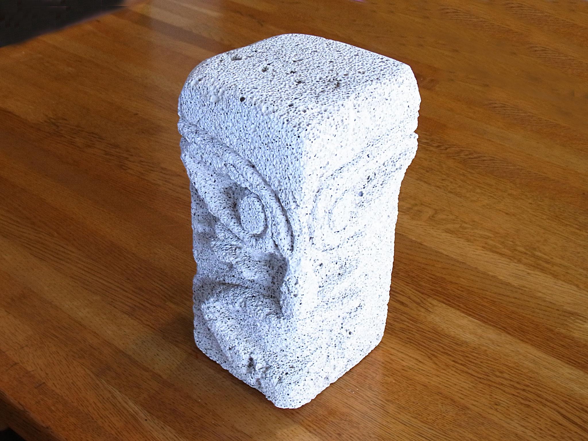 石像修復 - アクリルジェッソ