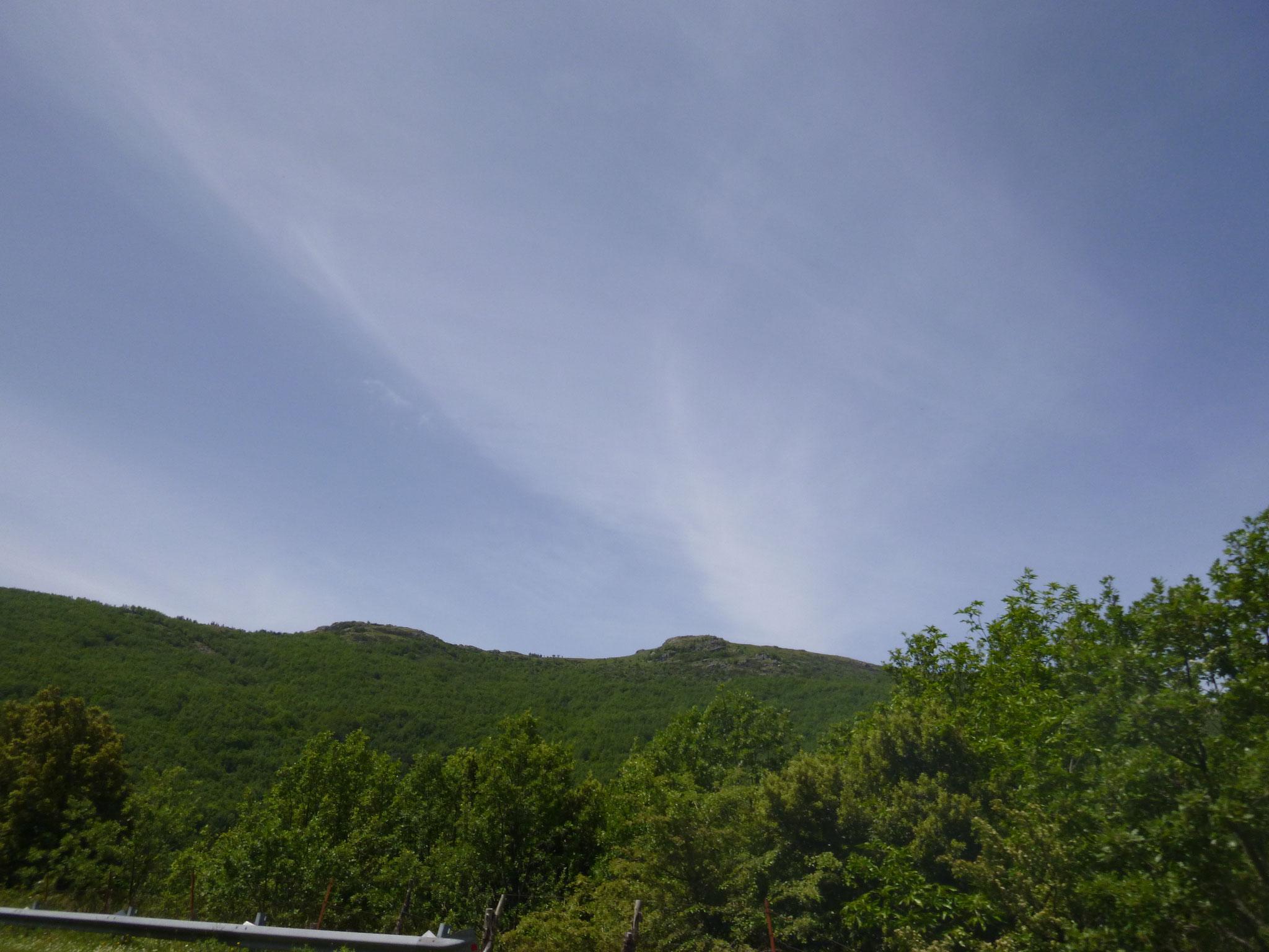 Hinter den Hügeln liegt Tonara