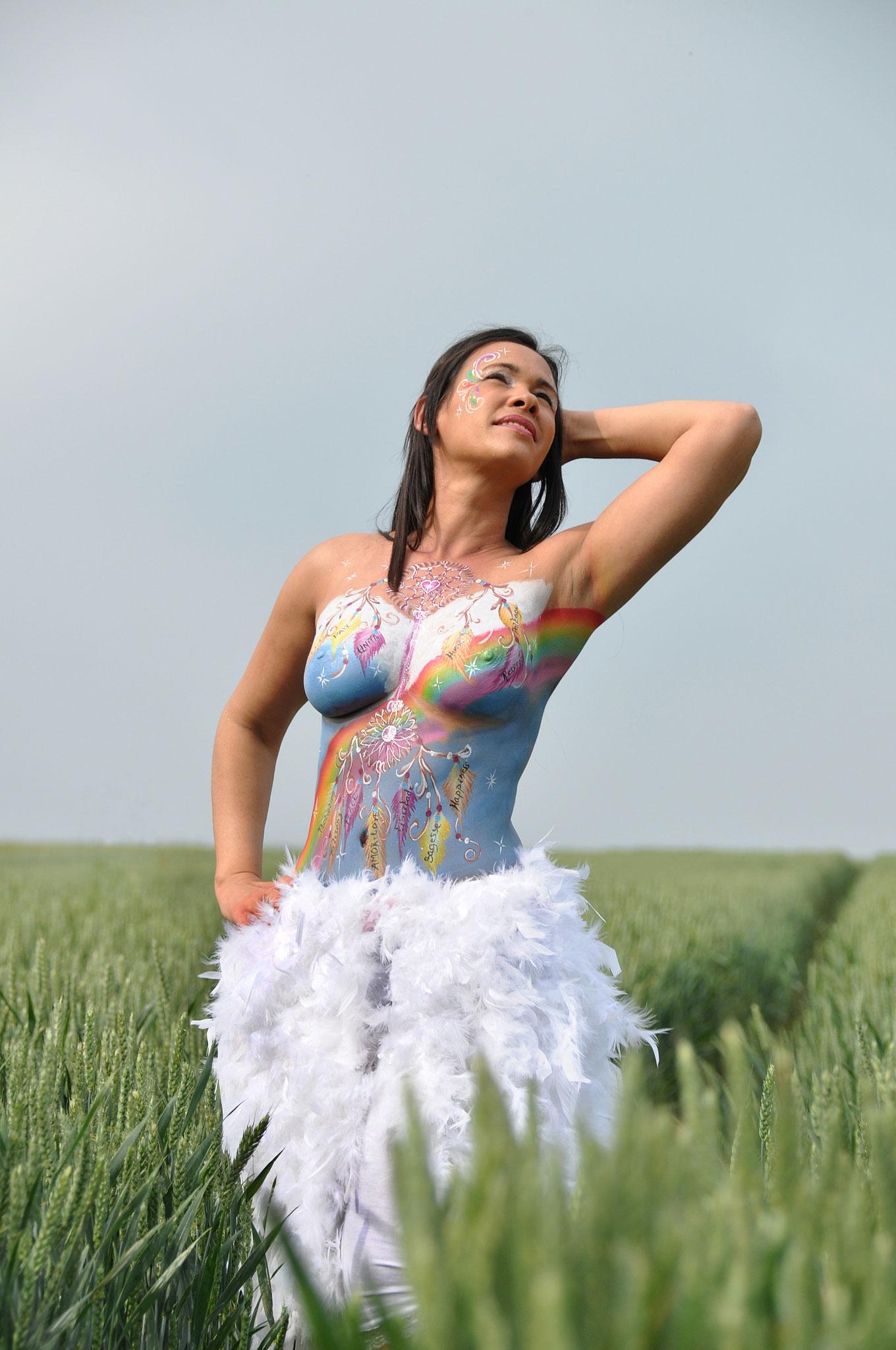 body painting, Femme sacrée