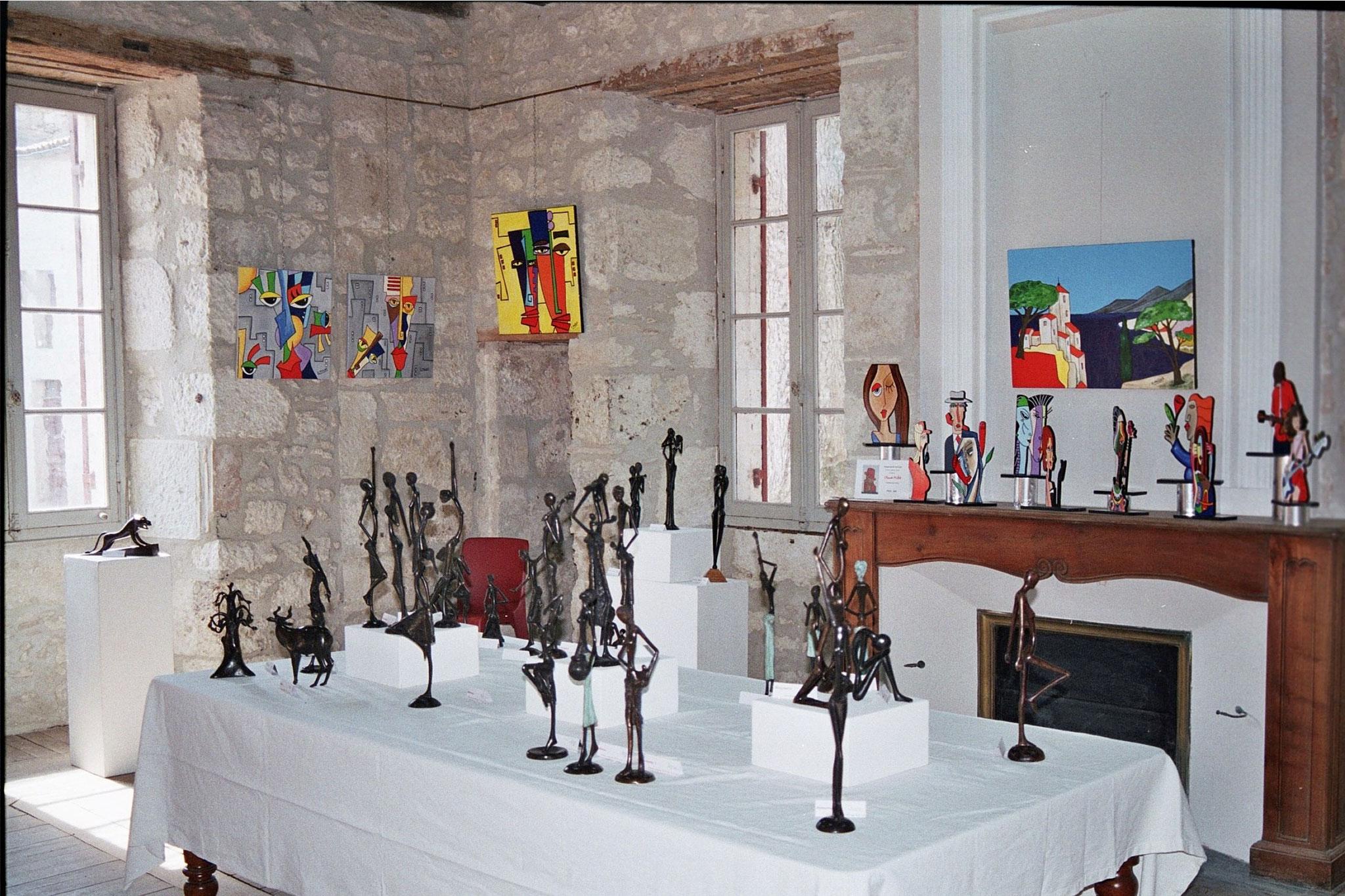 2015 - 24 Eymet - Salle du Câteau -  Exposition avec Eve Delaneuville, sculpteur sur bois, Aliou Bolly et Claude Millet, artistes peintres