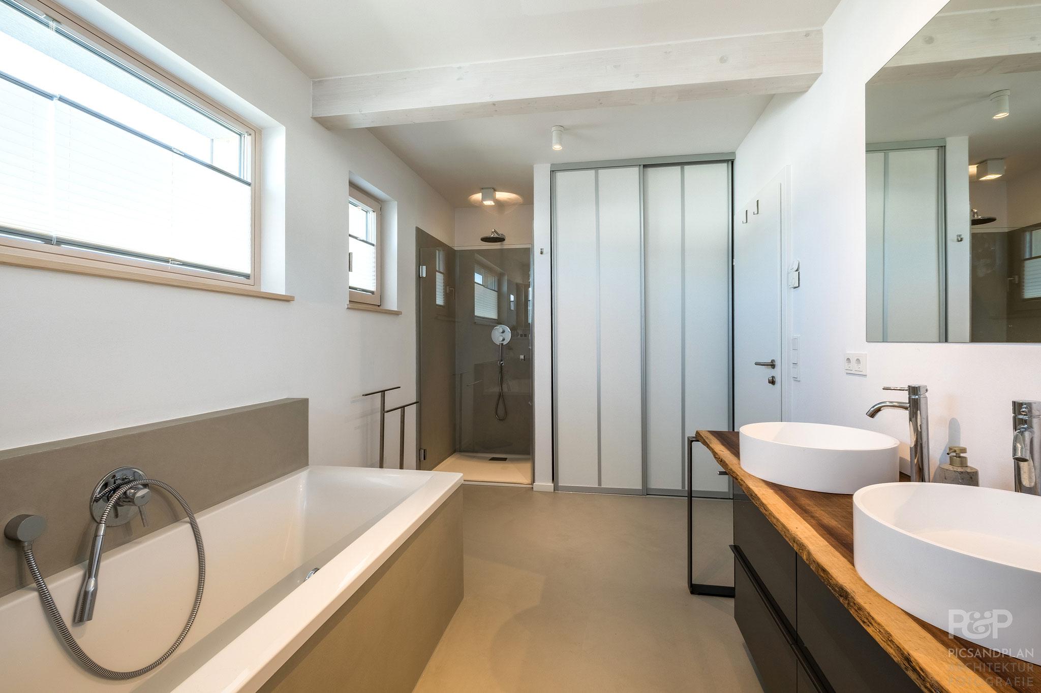 Dusch- Wannenbad