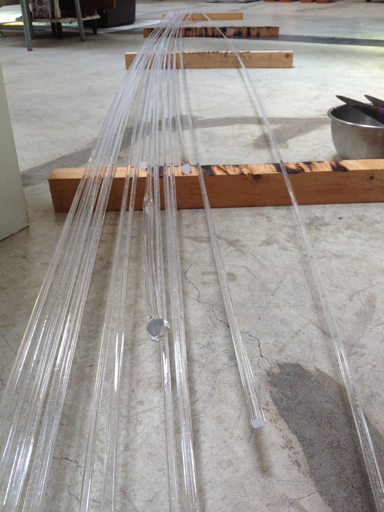 """""""微のうつわ""""  シリーズ  流砂文様 板皿   制作工程① 砂入りのガラス棒を作る"""