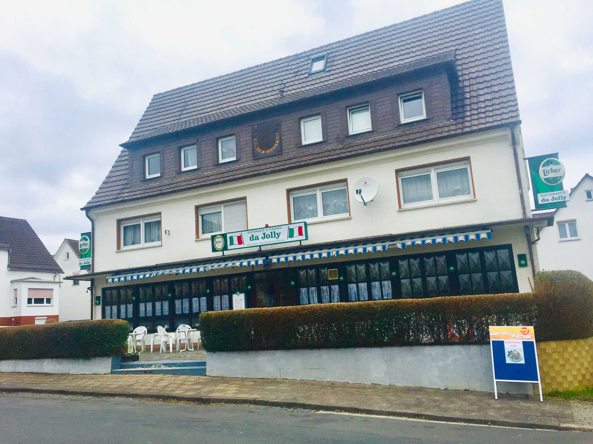 Mehrfamilienhaus in Butzbach - 5 Wohneinheiten und 1 Gewerbeeinheit