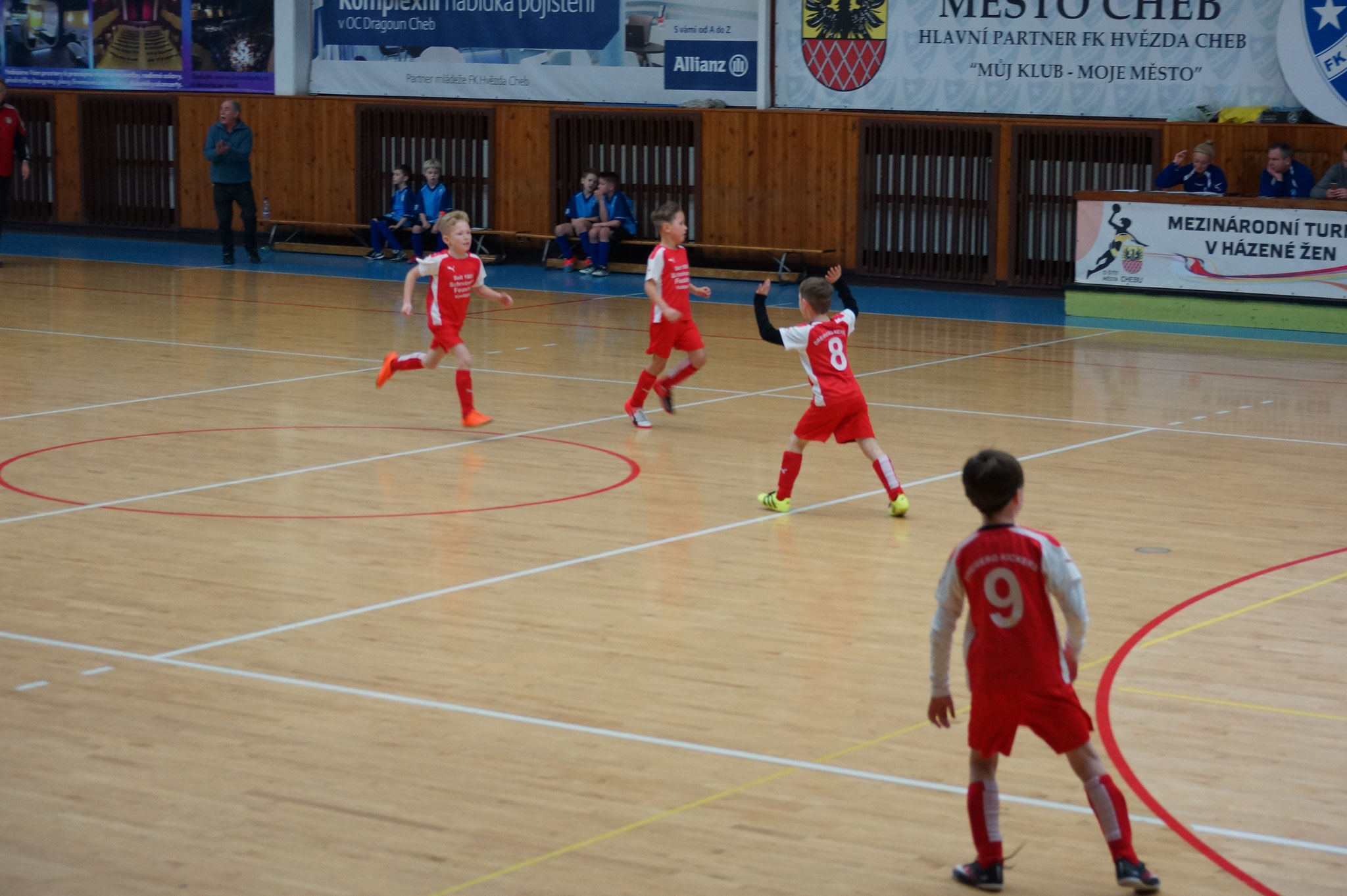... in den Vorrundenspielen schlug sich die Crew sensationell ... alle Spiele gewonnen ...