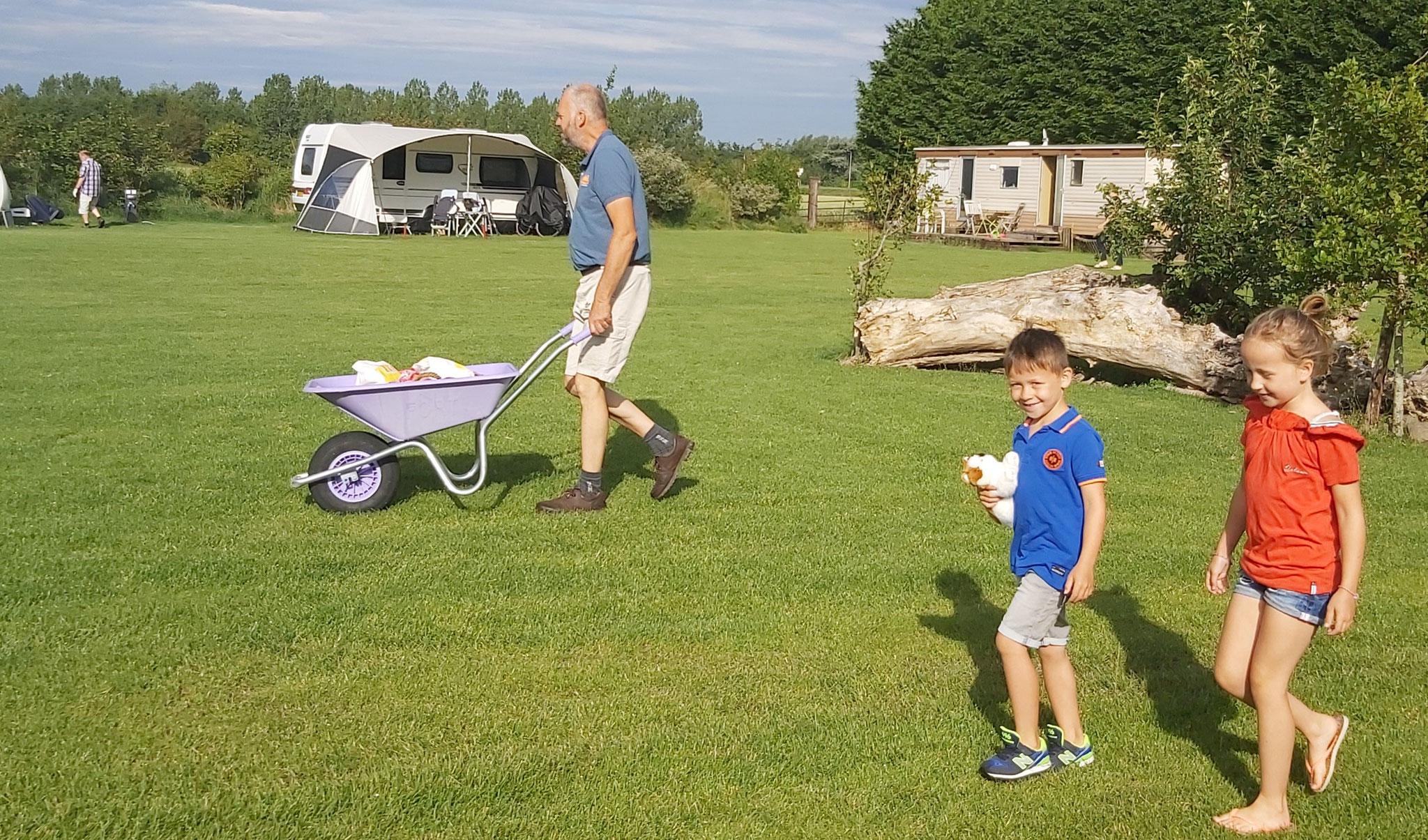 Ontbijt Service tot aan uw tent, camper, caravan,...
