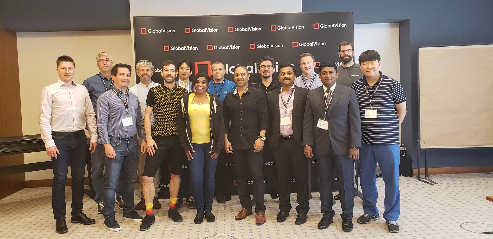 Das TeBeS Team mit Global Vision Partnern aus aller Welt beim Sales Seminar in Frankfurt, 2019