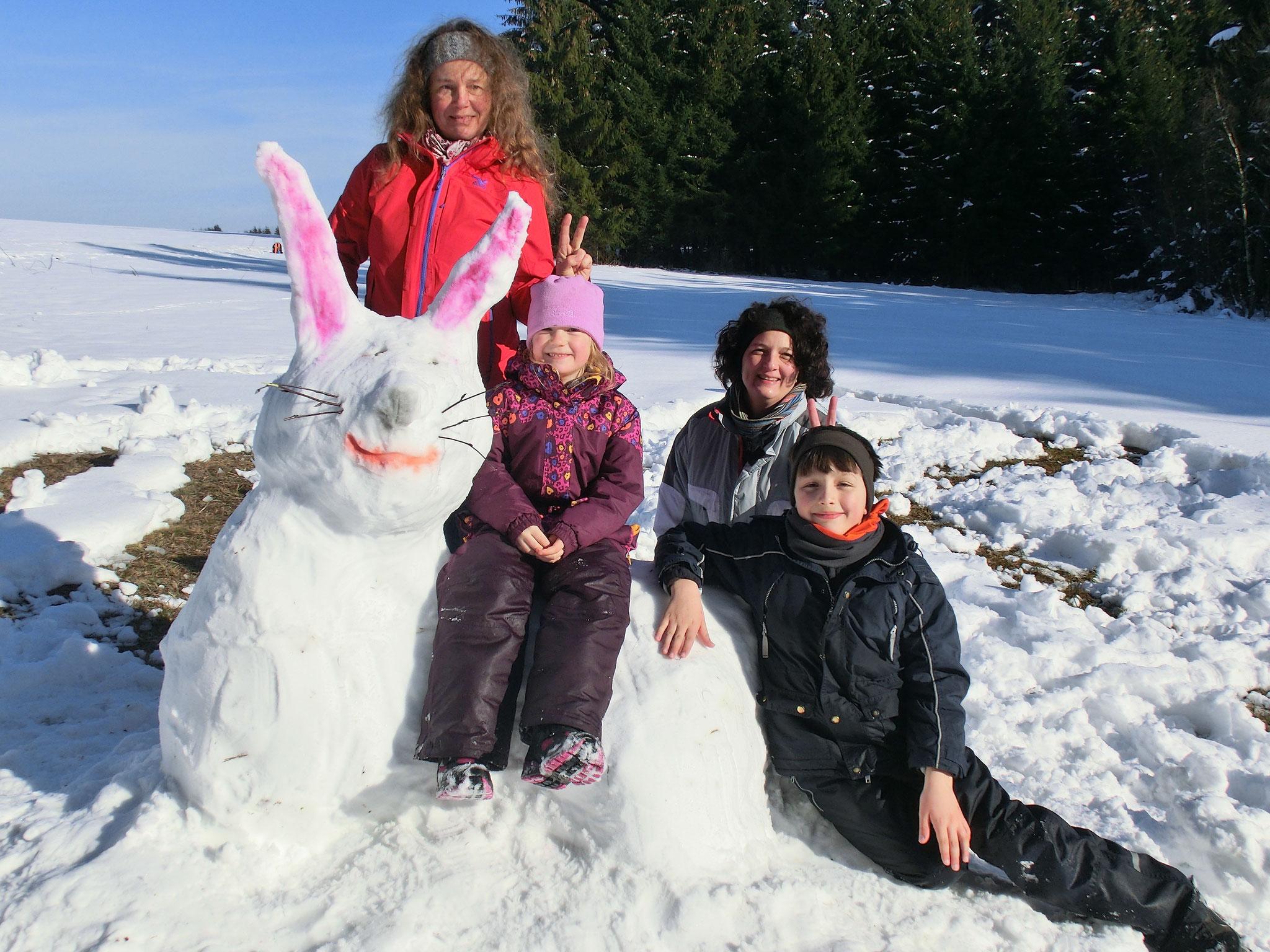 Schneehasen Foto: U. Jahn