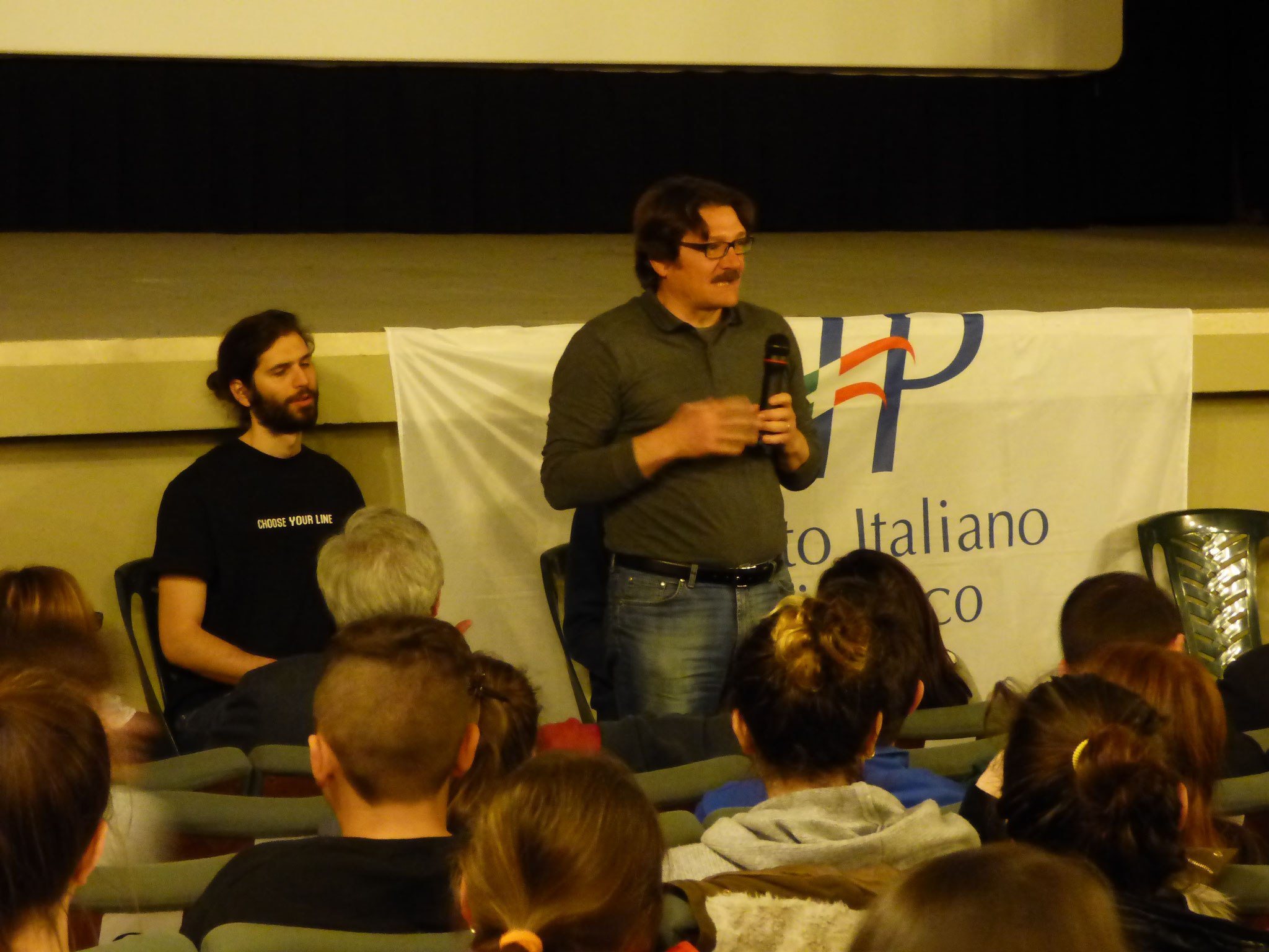 1 aprile 2017 ore 10,30  Incontro con gli atleti non vedenti della squadra di Paraclimbing  Matteo Stefani e Giulio Cevenini  con l'allenatrice Carla Galletti