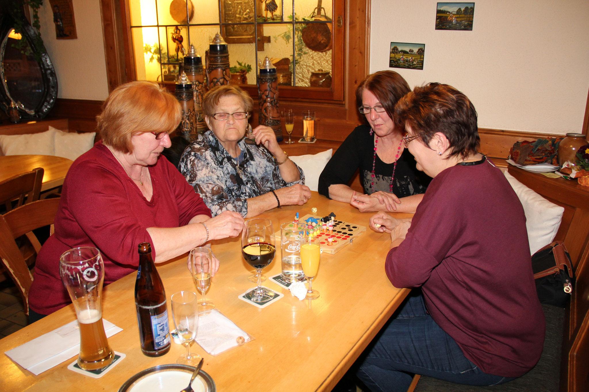 Frauen- und Spielenachmittag 2014
