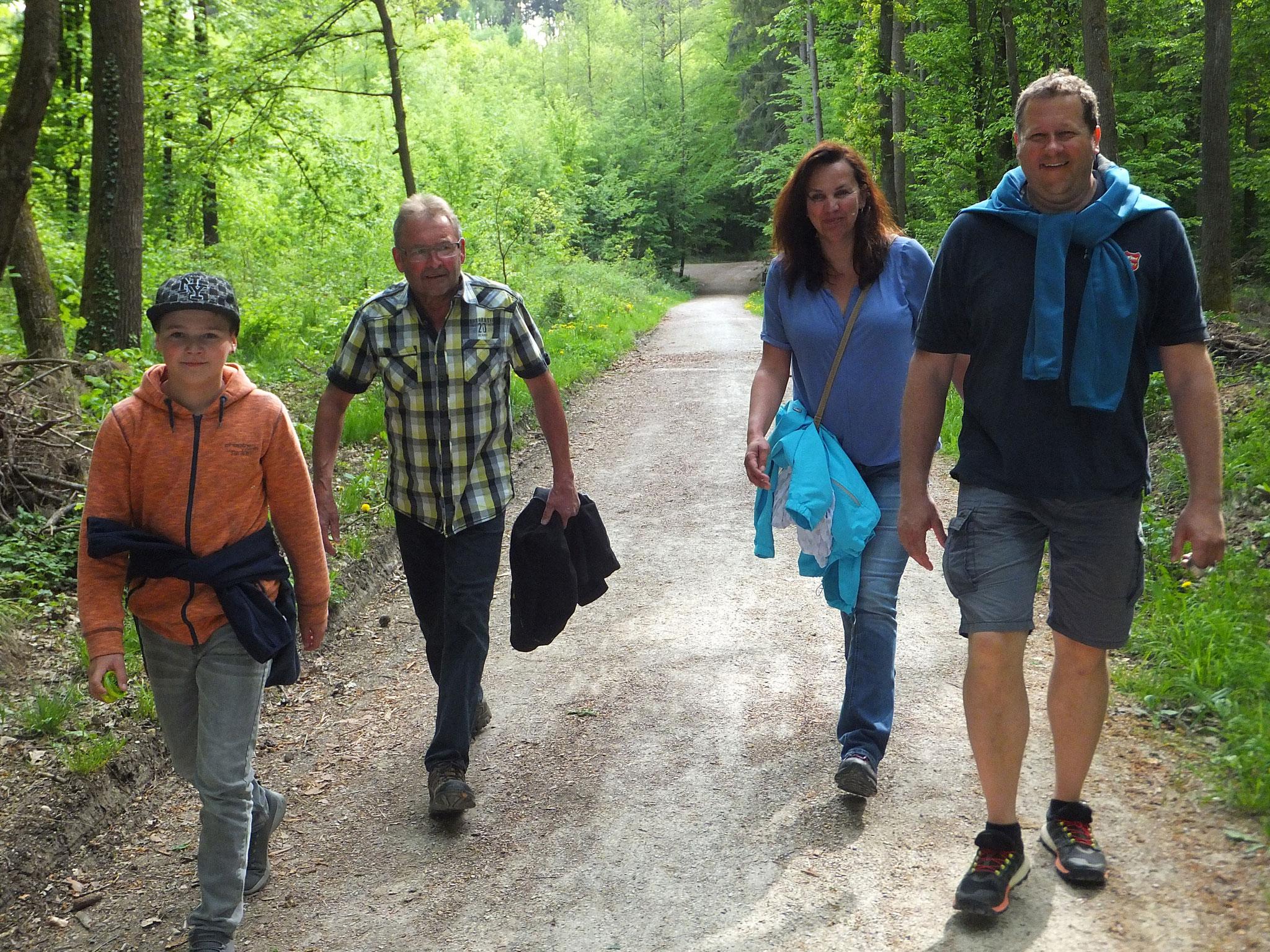 Wanderung nach Serlbach 2018