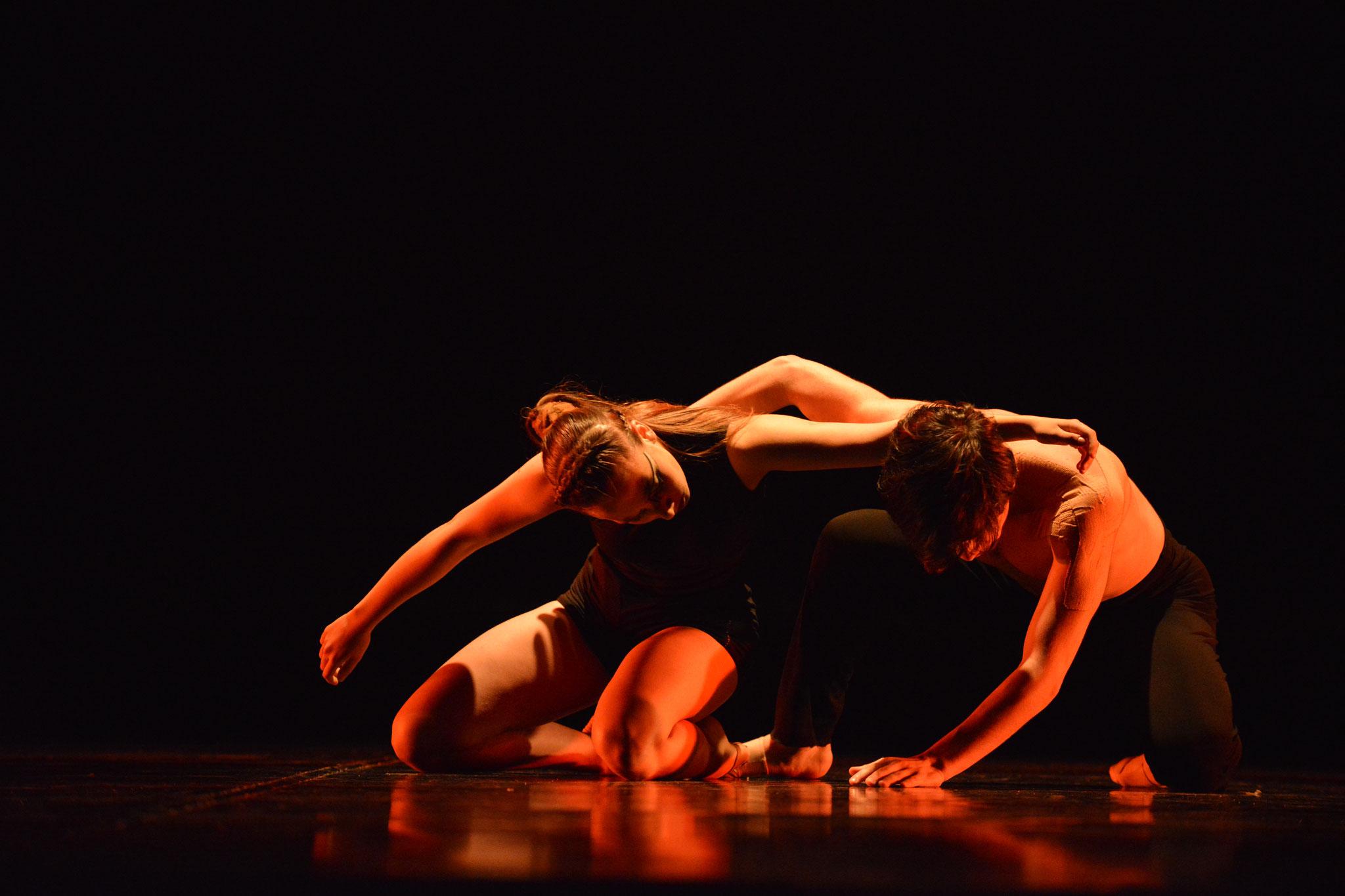 Mo-Mo /Brasil 2108 Bento-em-Danca; 2° Lugar / Intérpretes Clara Ossandon(17); Benjamín Trejo(17)