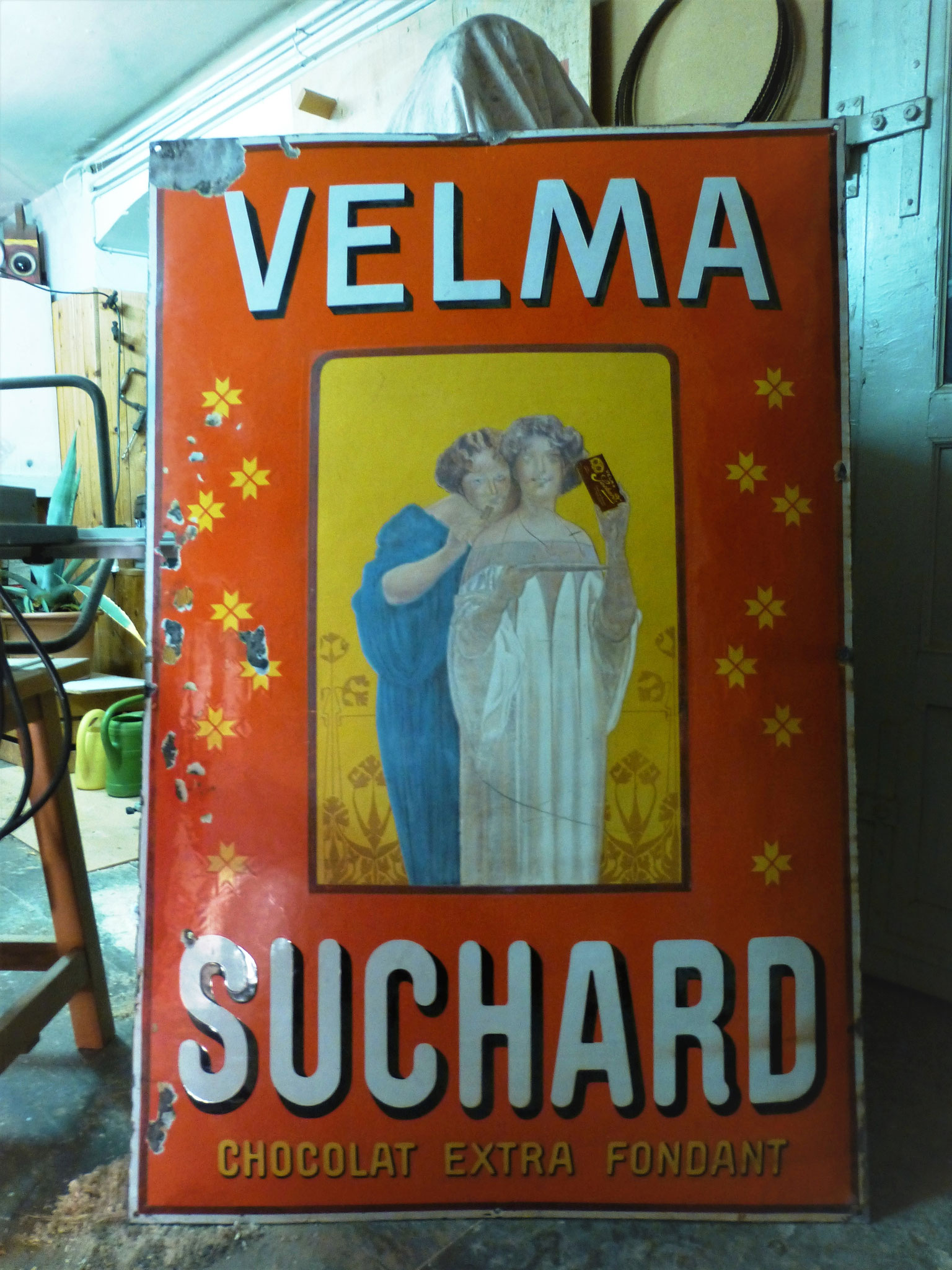 Grosses Suchard Velma im unrestaurierten Fundzustand