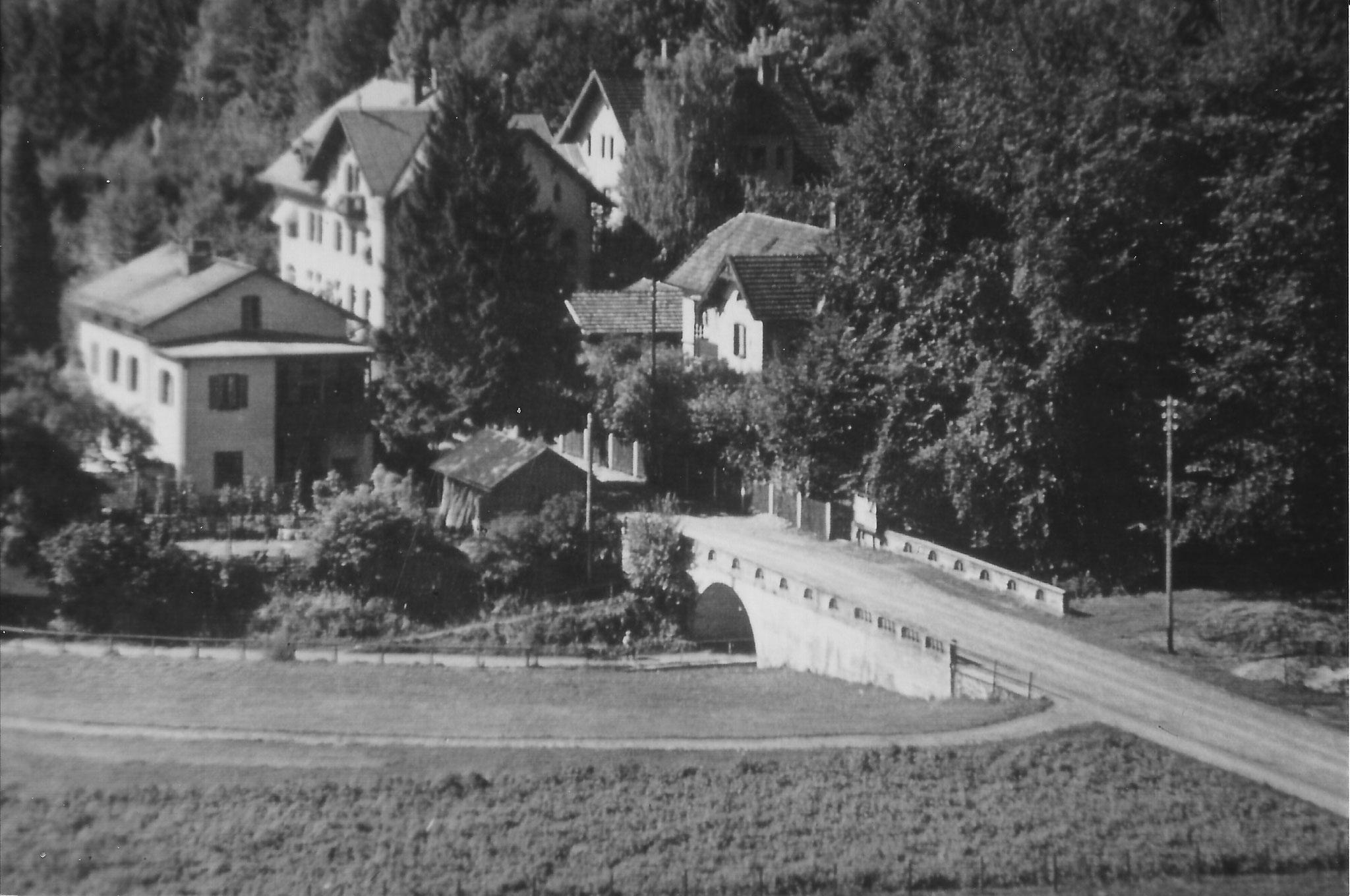 """""""Pont Neuf"""" an der Kirchenstraße in  Tutzing, Foto um 1940"""