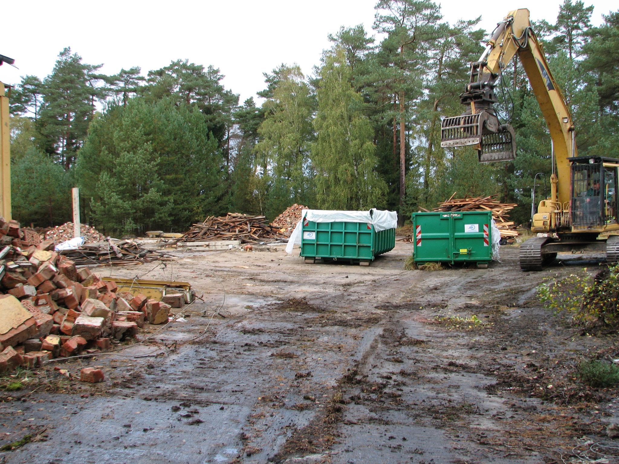 Abrissarbeiten im Oktober 2011