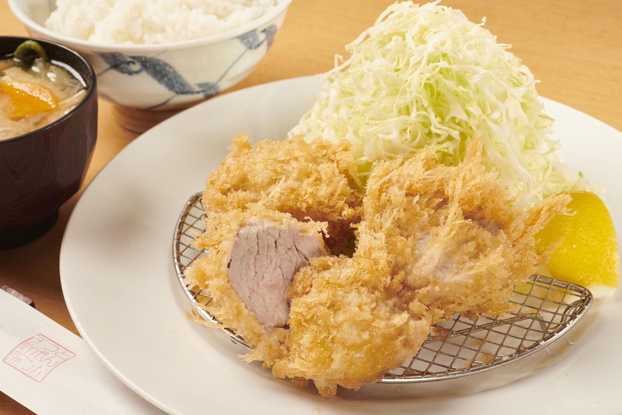 特ヒレ豚カツ定食