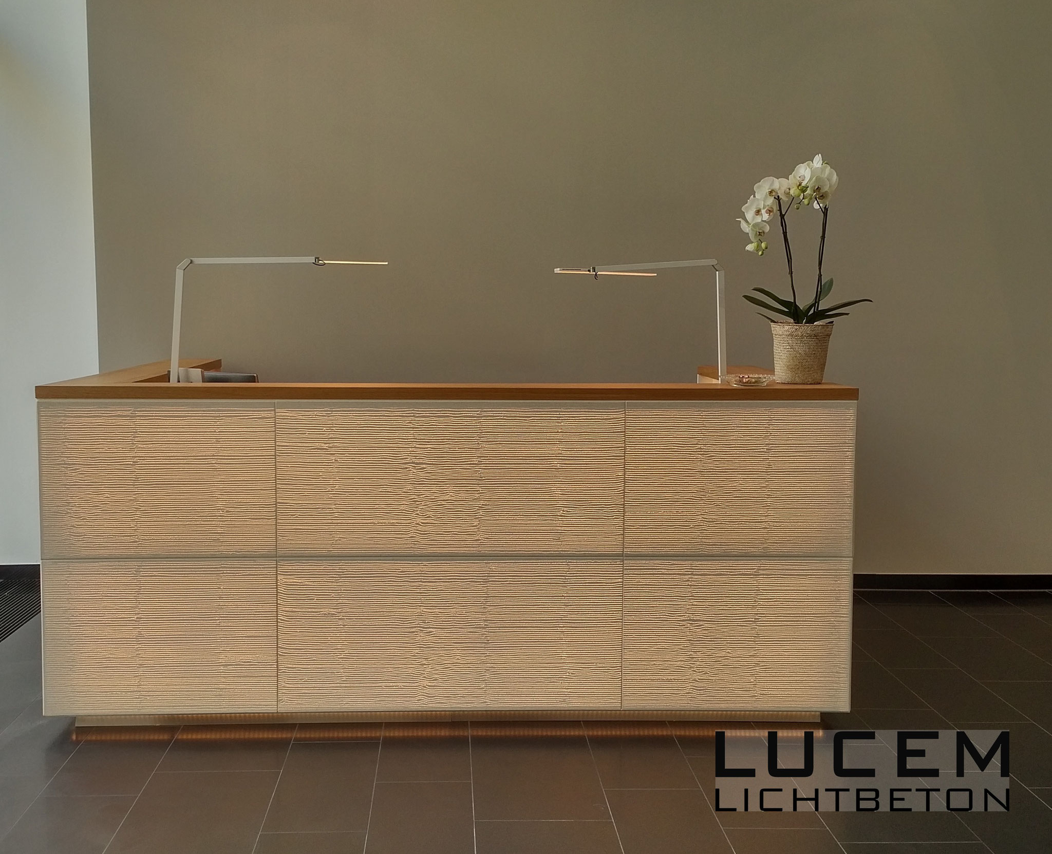 LUCEM Desks/Furniture - LUCEM Lichtbeton