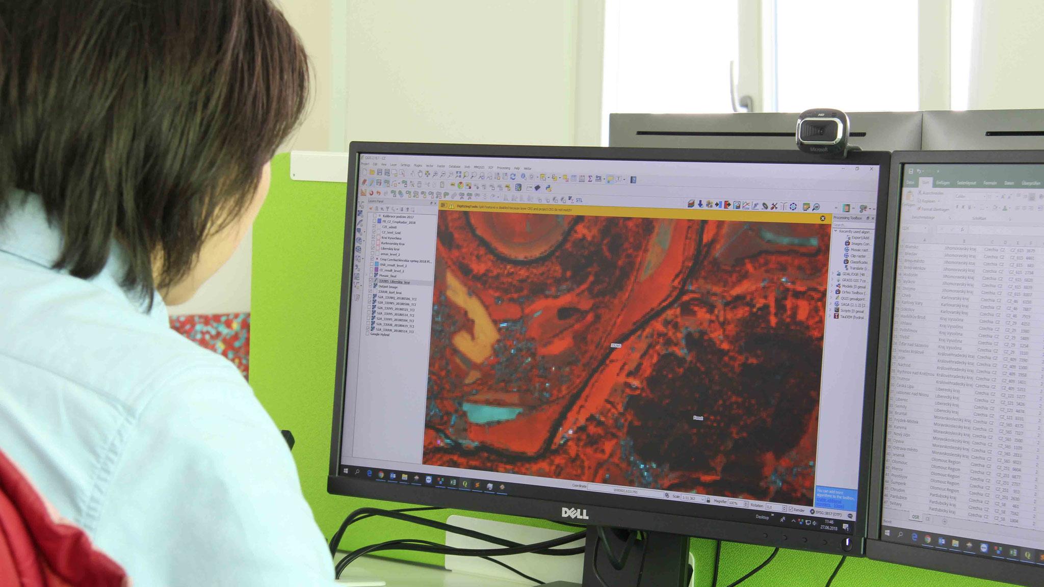 Die Auswertung der Satellitenbilder zeigt, was gerade auf den landwirtschaftlichen Nutzflächen der Kunden passiert
