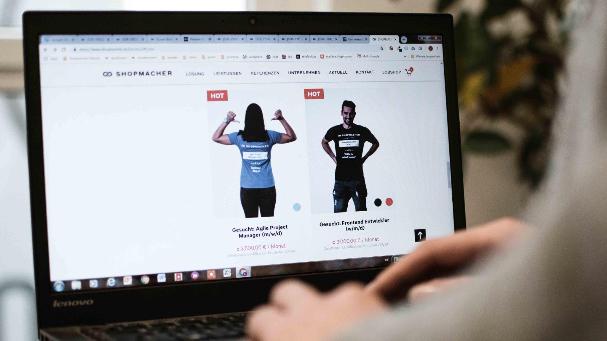 Kaufe kein T-Shirt, sondern einen Job: Die innovative Fachkräftesuche von SHOPMACHER ist erfolgreich