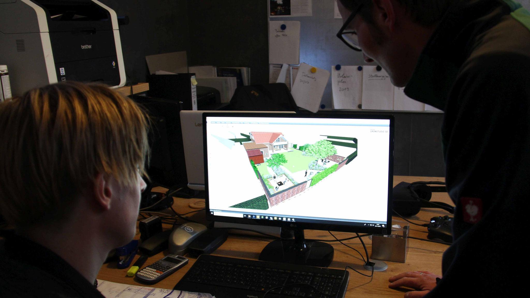 Thomas Lösing fliegt die Gärten zunächst mit einer Drohne ab und entwirft dann ein 3D-Modell.