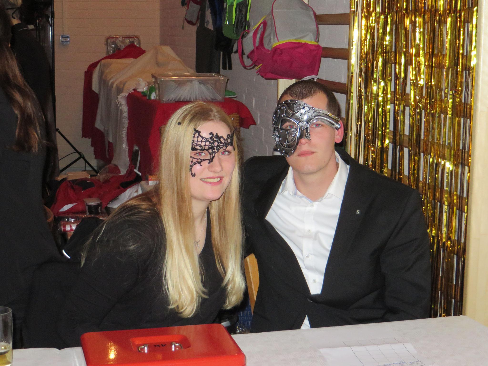 Unsere Helfer an der Abendkasse (Pia Werner und Torben Ebeling)