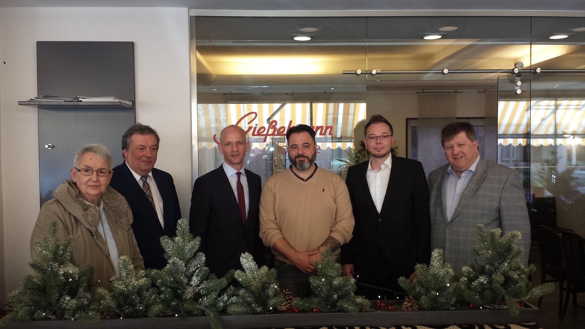 Besuch der Bäckerei Gießelmann mit MdL Ralph Bombis
