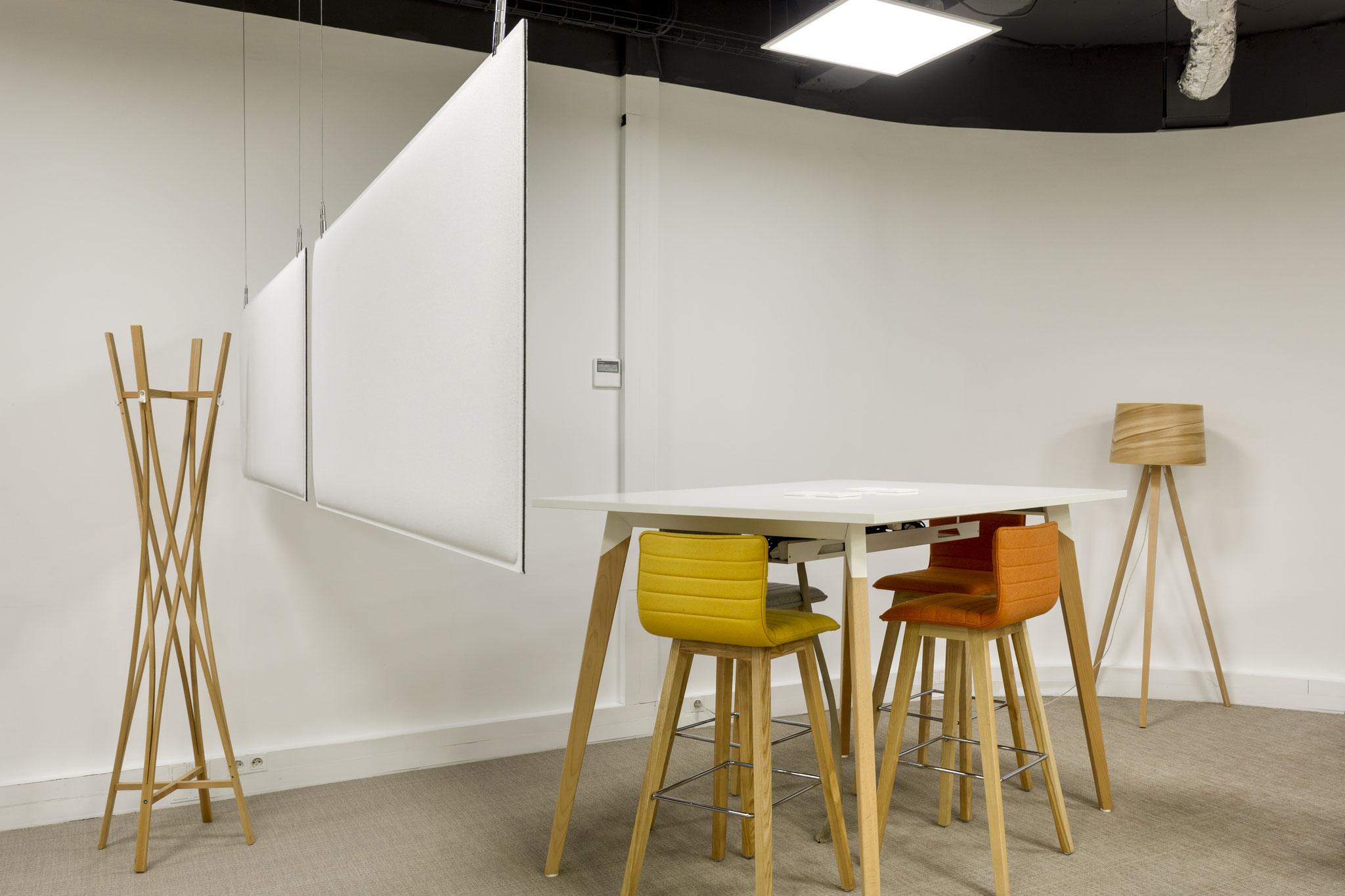 les panneaux absorbant acoustique pour intimider les espaces de réunions dans un open-space