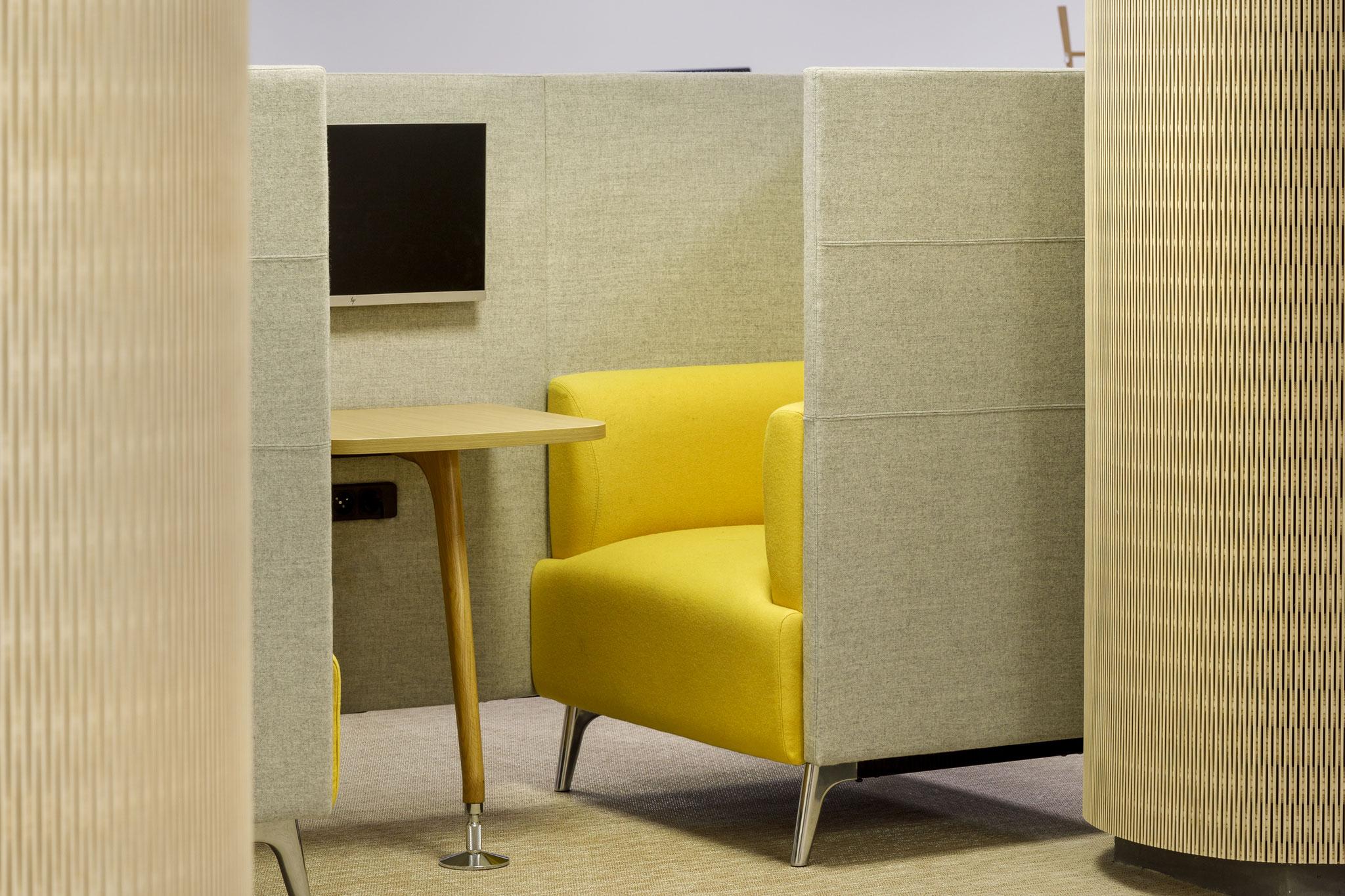 le double fauteuil N-box pour les réunions de travail de courte durée