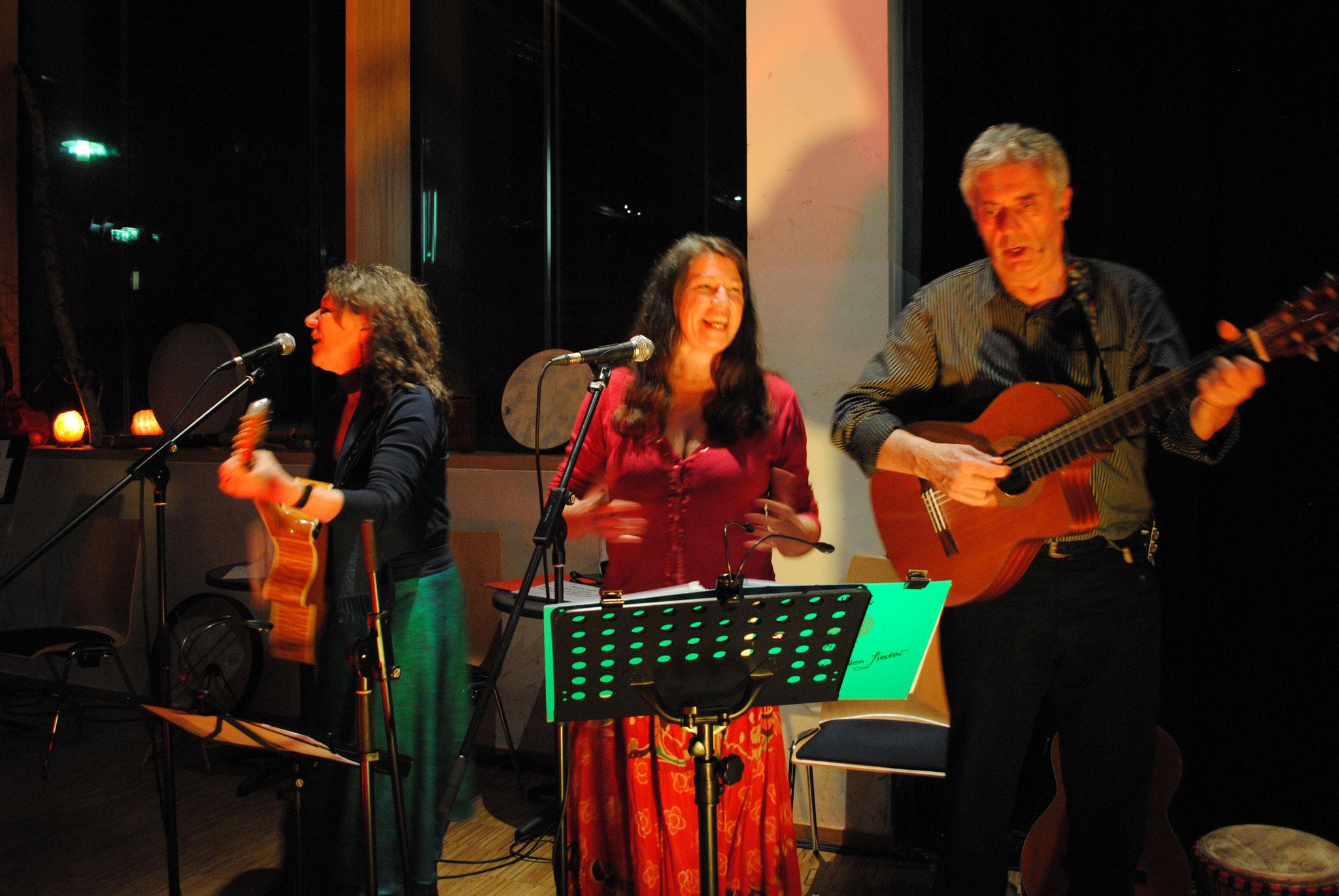 21.03.2015 - 10. Nürnberger Nacht der Spirituellen Lieder mit Ulrike Bellemann, Wolfgang Friederich, Georgina