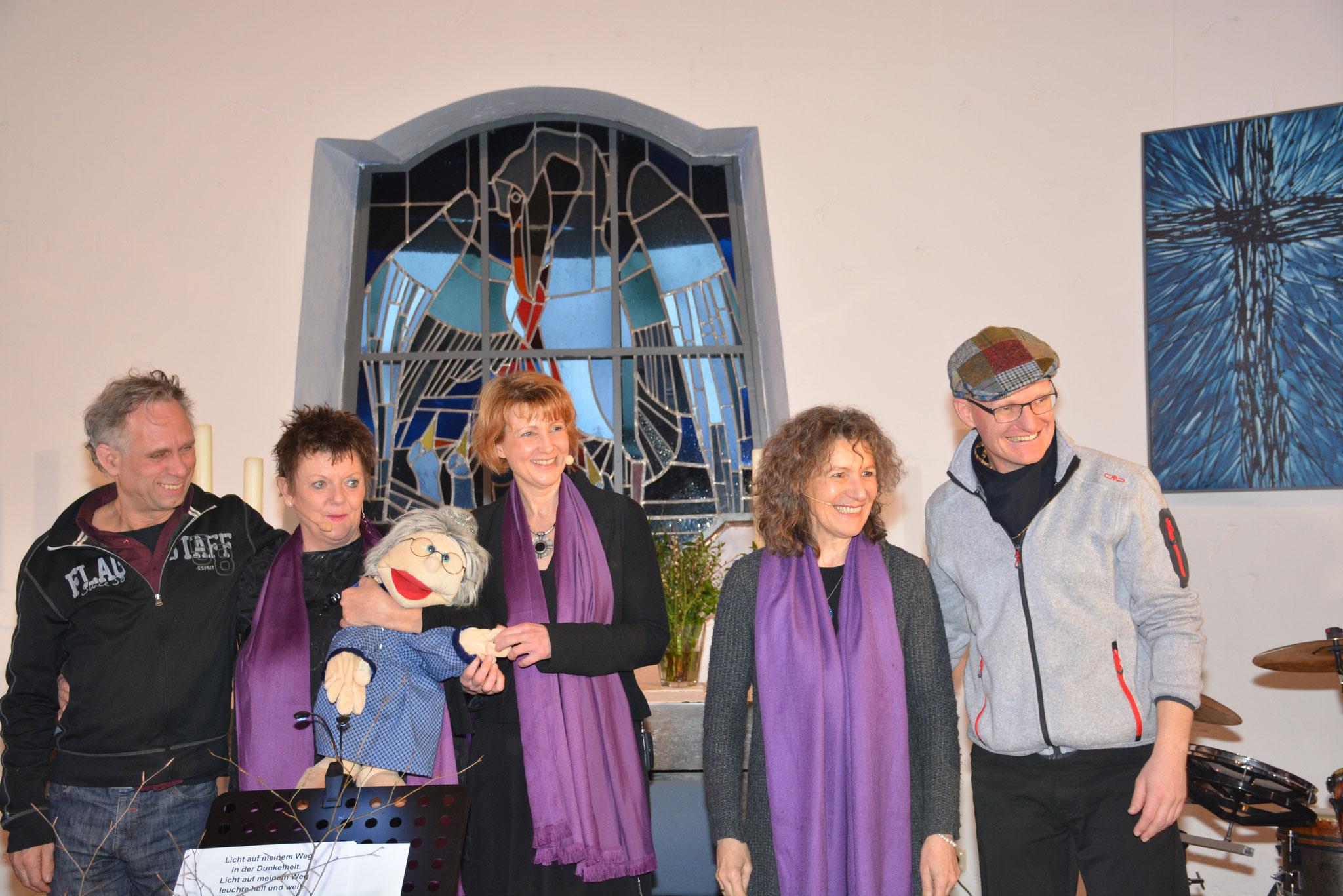25.03.2018 Konzert für große und kleine Abschiede, Ev. Kirche Rieden mit Susanne Goebel, Karin Simon, Michael Wimmer (dr), Jockel Peter Streb (p)