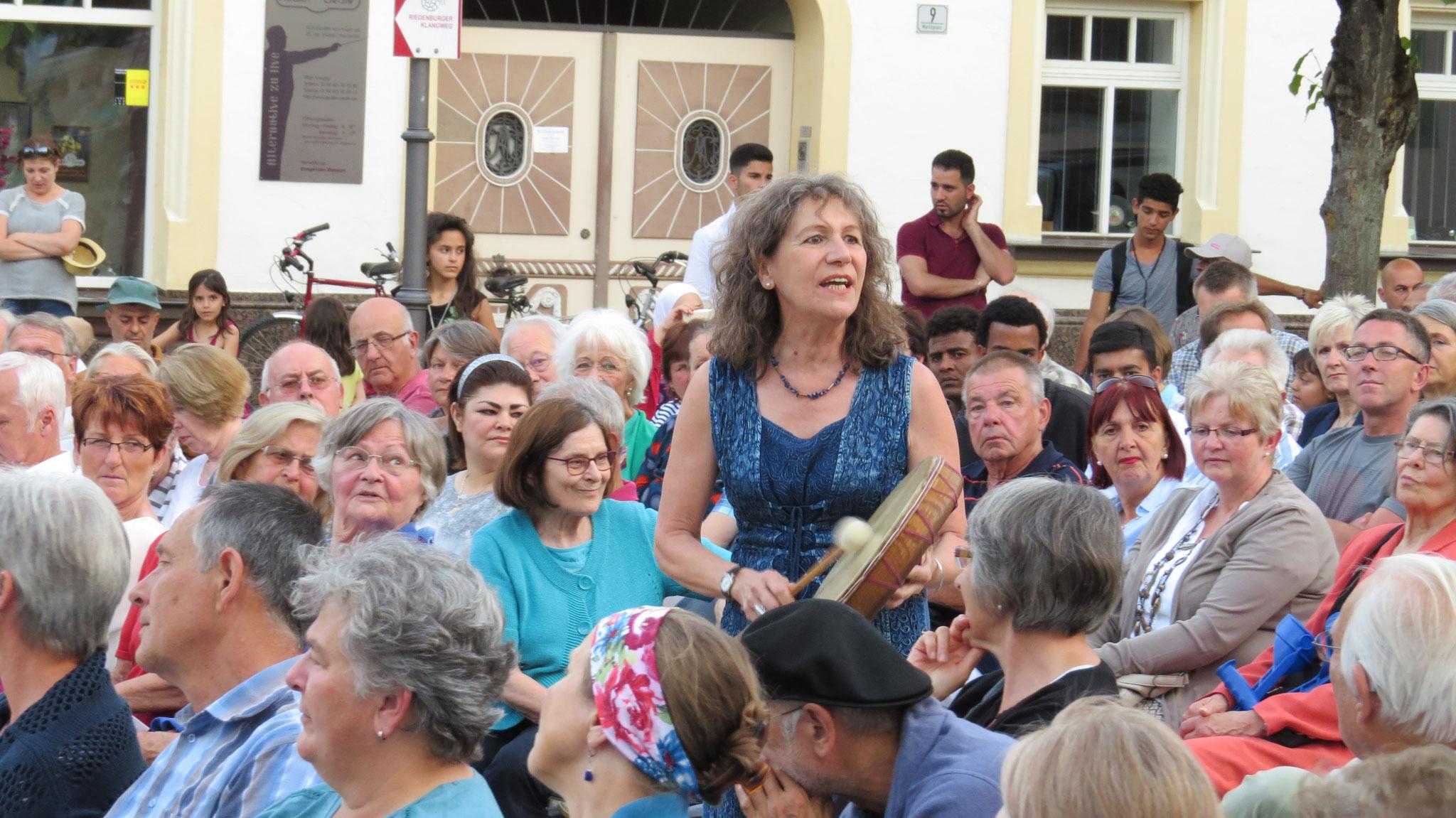 """Juli 2016 Theater """"West- Östlicher Divan"""" Marktplatz Riedenburg"""