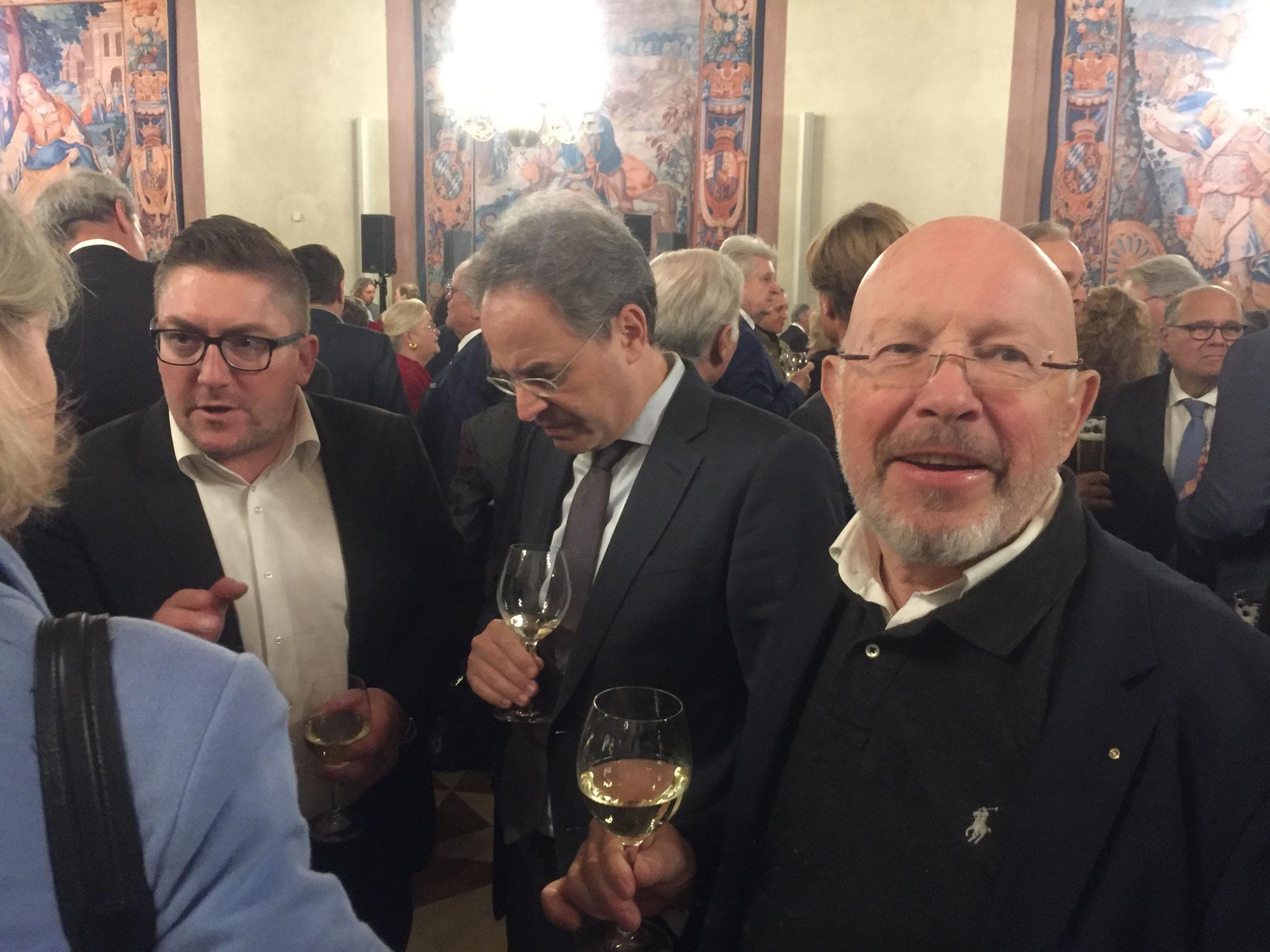 Dr. Dieter Körner der geschäftsführende Vorstand des BRSI ist soeben in der Residenz eingetroffen