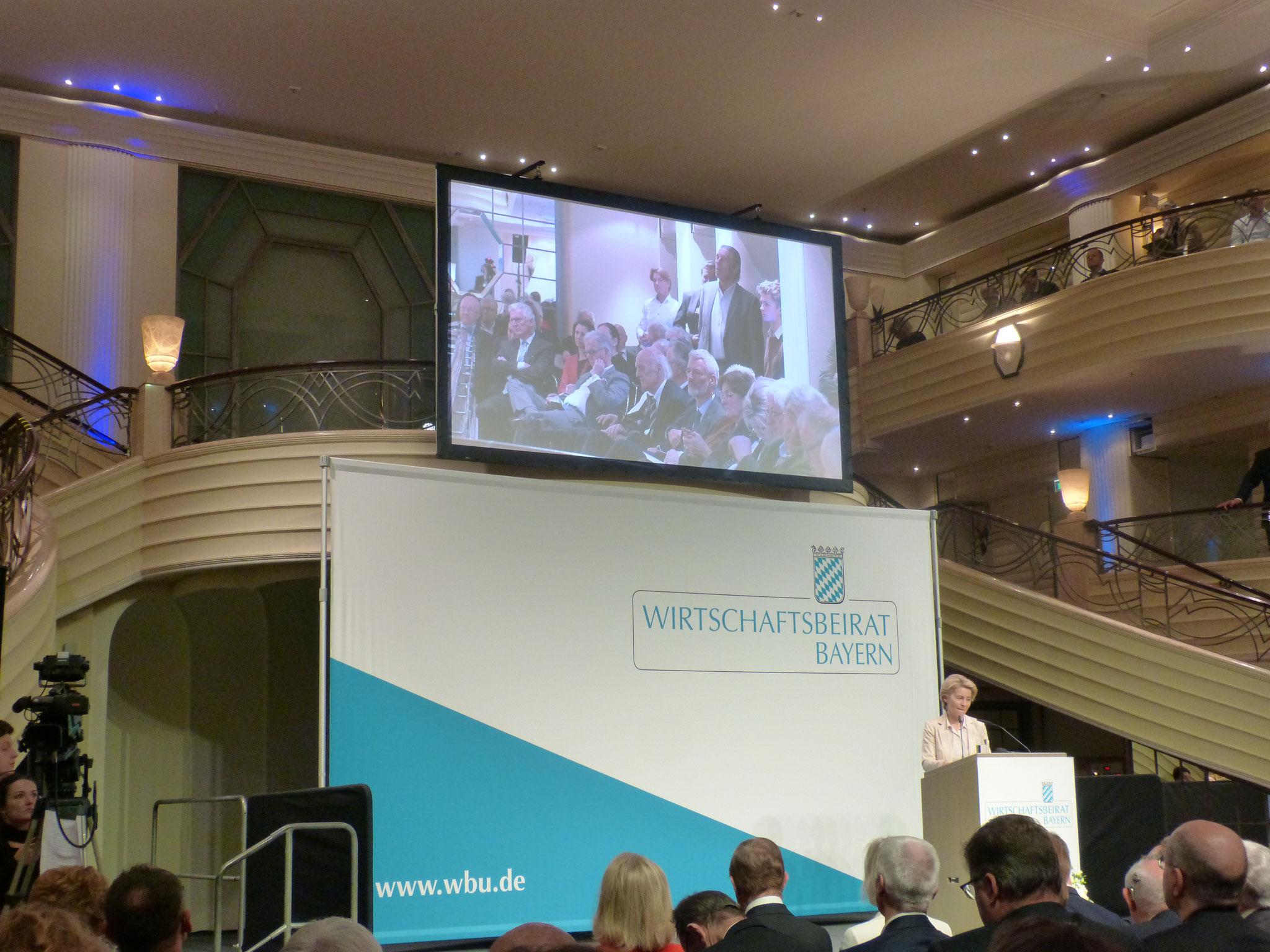 Frau Dr. Ursula von der Leyen erklärt die Ziele der Europäischen Komission