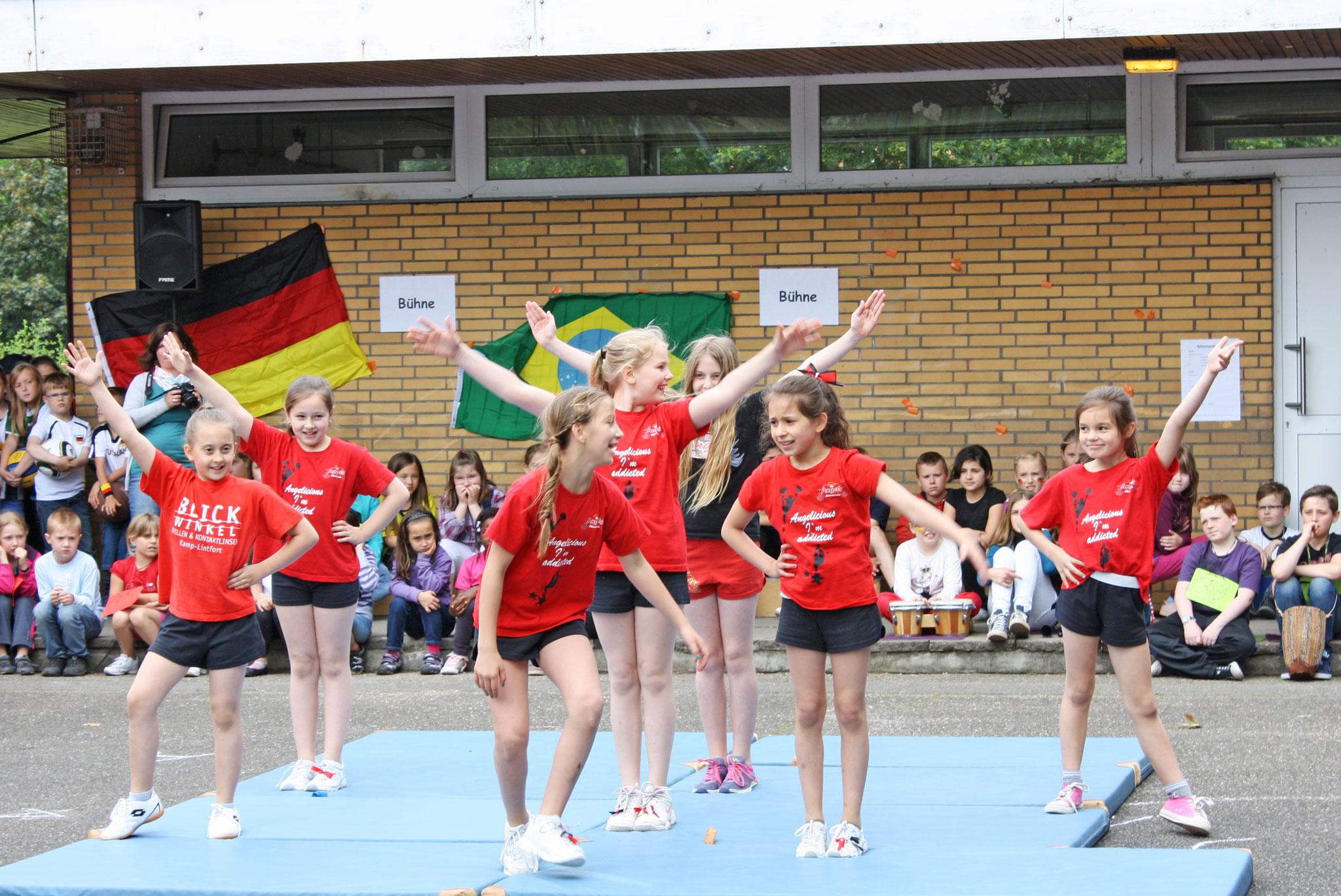 """Schulfest """"ERS - Die WM zu Gast"""""""
