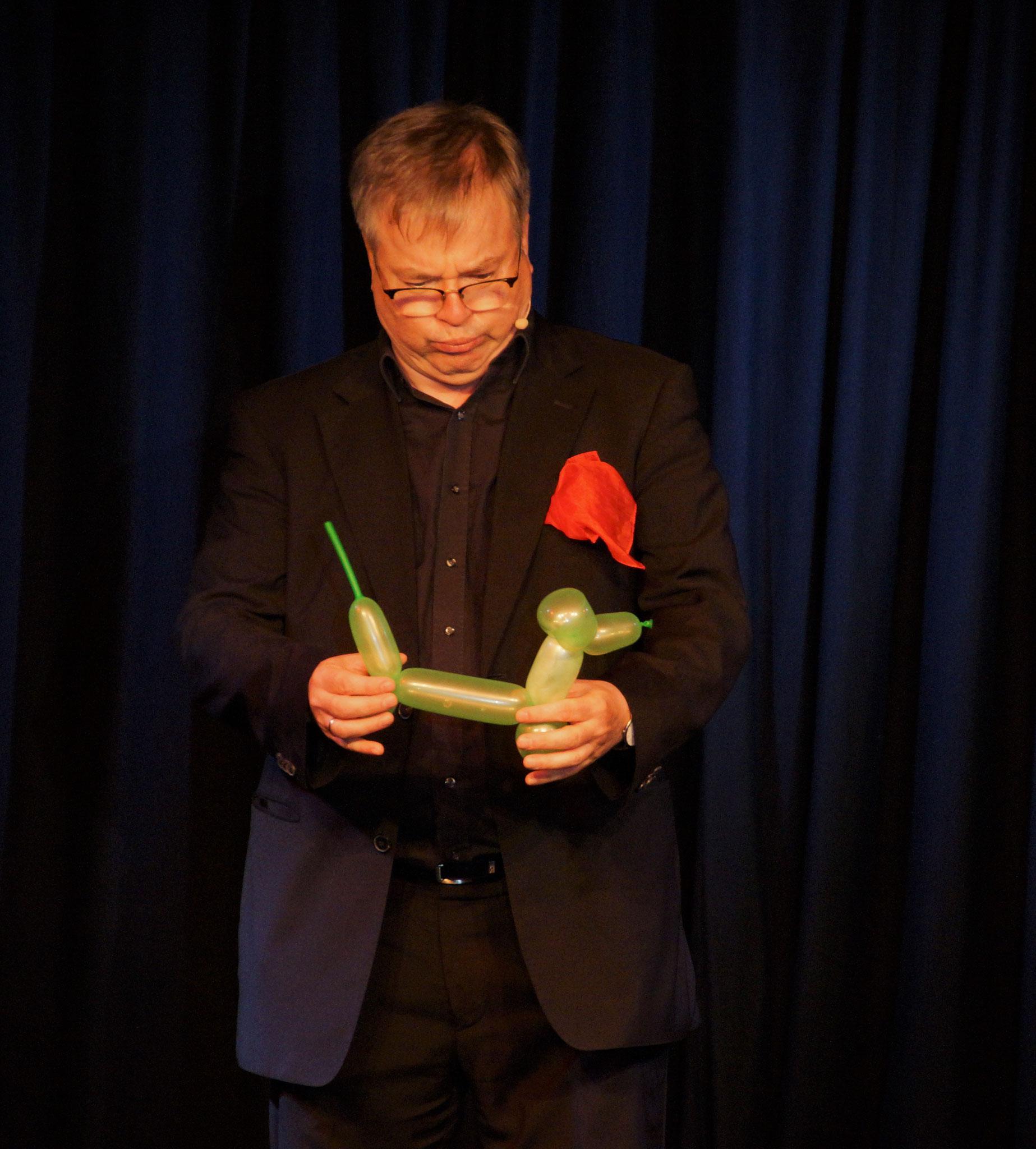 Magier und Schauspieler Pius Maria Cüppers